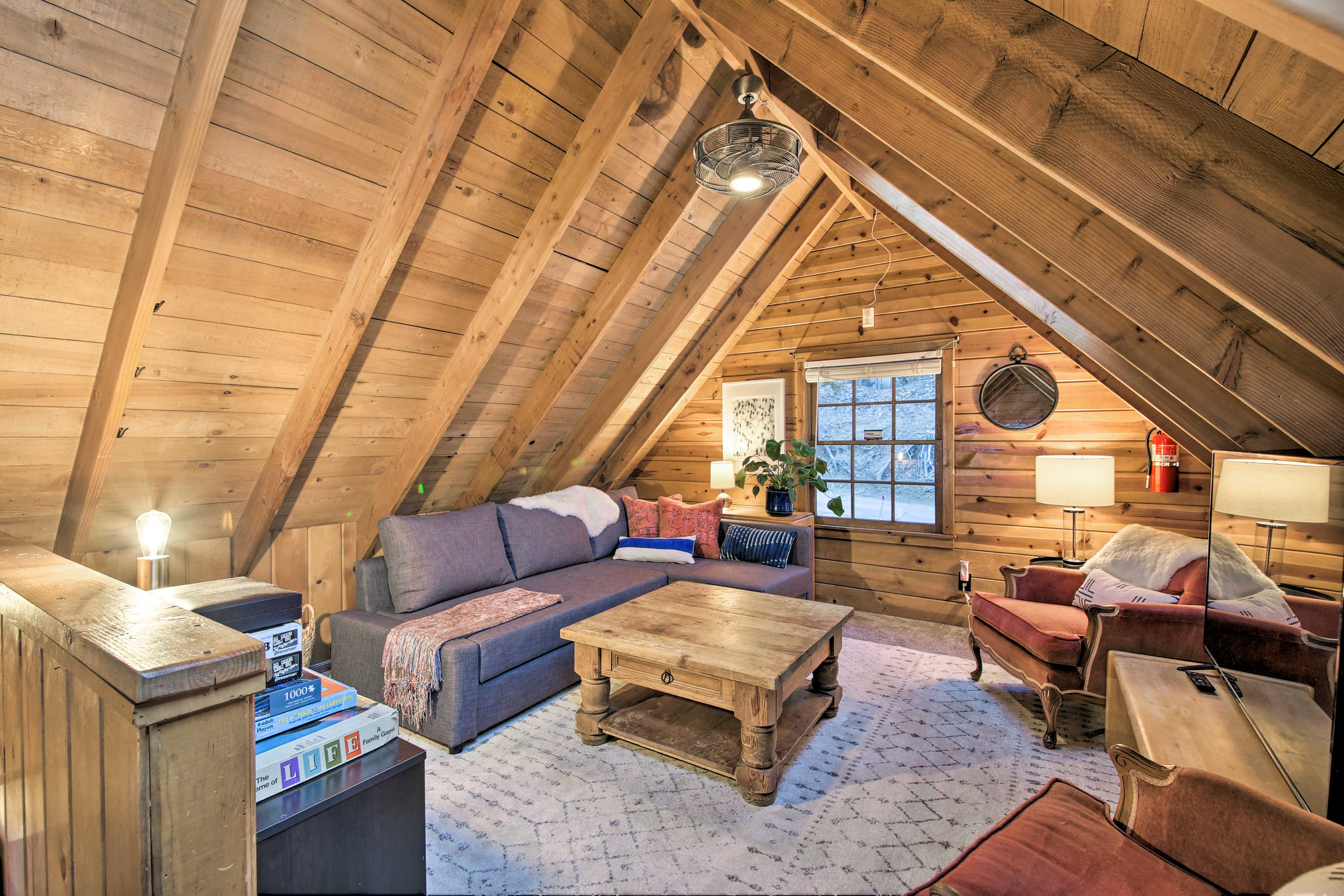 Two guests can enjoy nights of blissful sleep on the sleeper sofa.