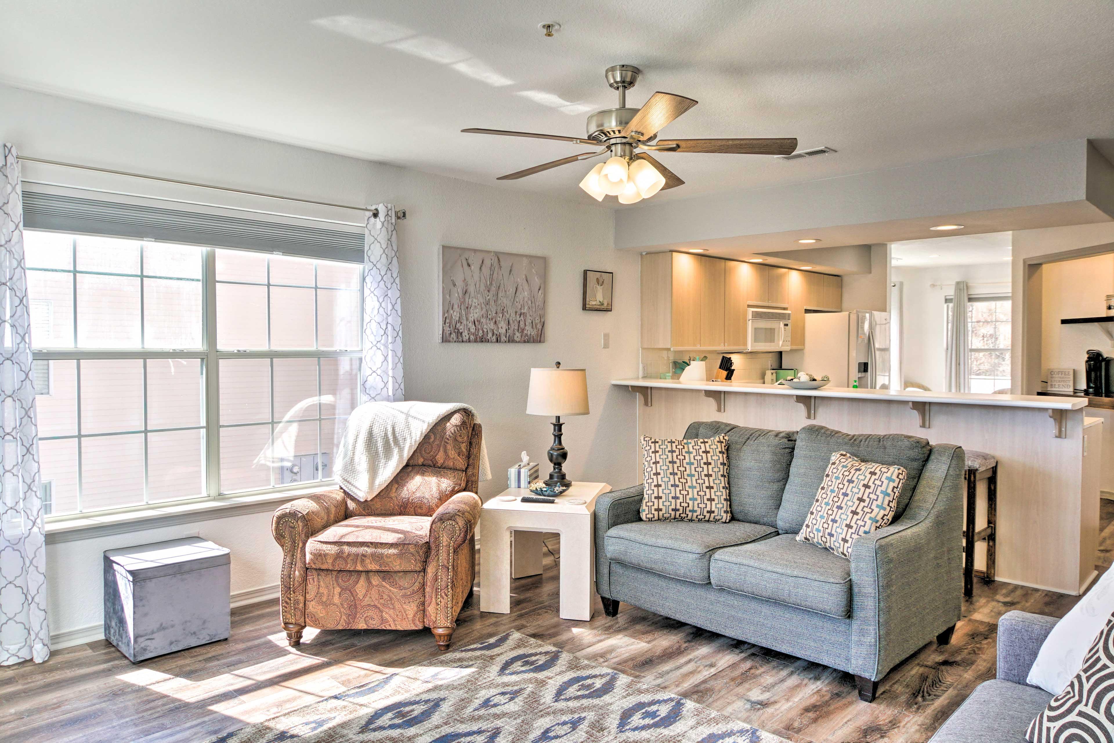 Living Room | Twin Sleeper Sofa
