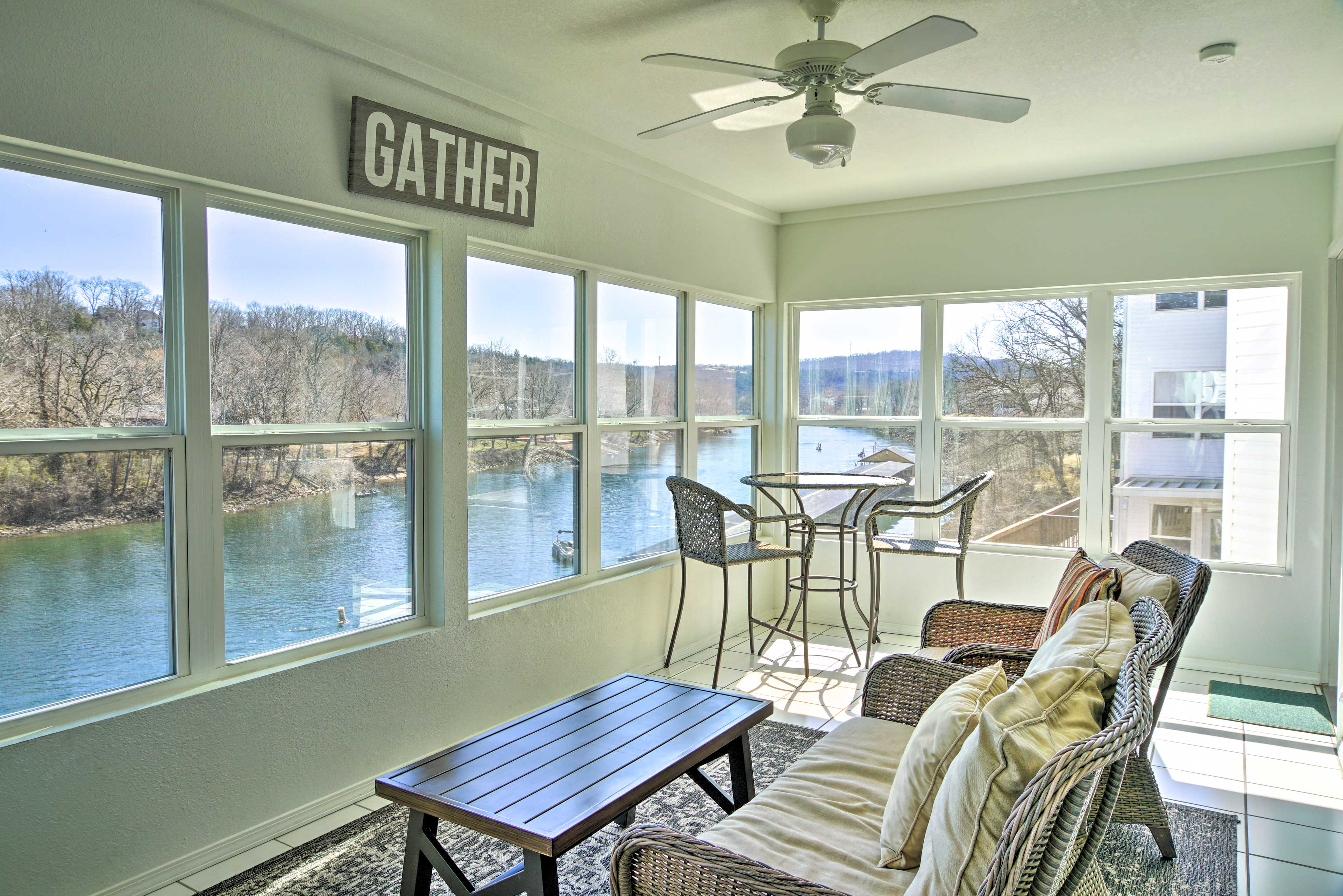 Branson Vacation Rental | 2BR | 2BA | 1,200 Sq Ft | 3rd Floor | Stairs Required