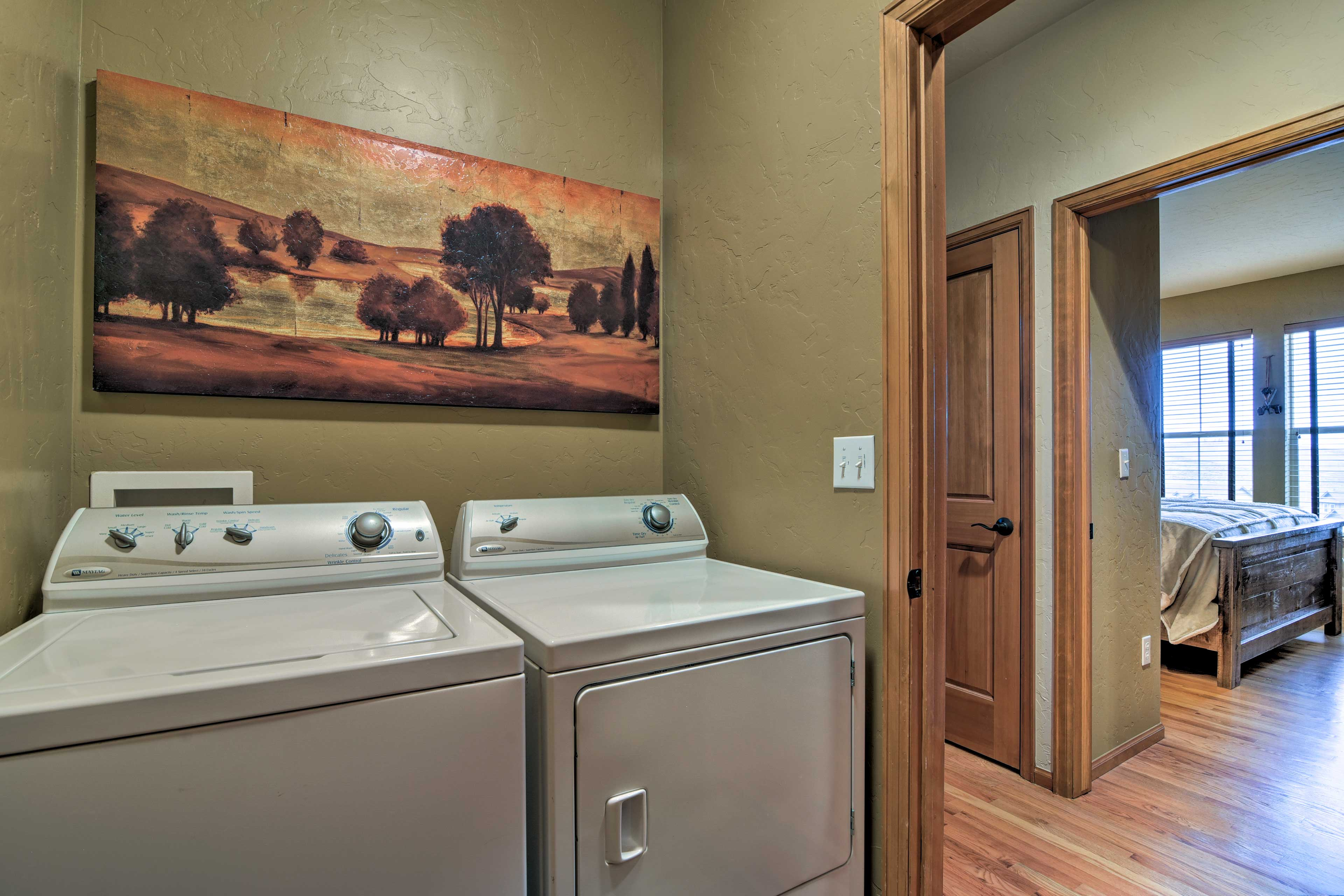 Laundry Machines   Linens/Towels Provided