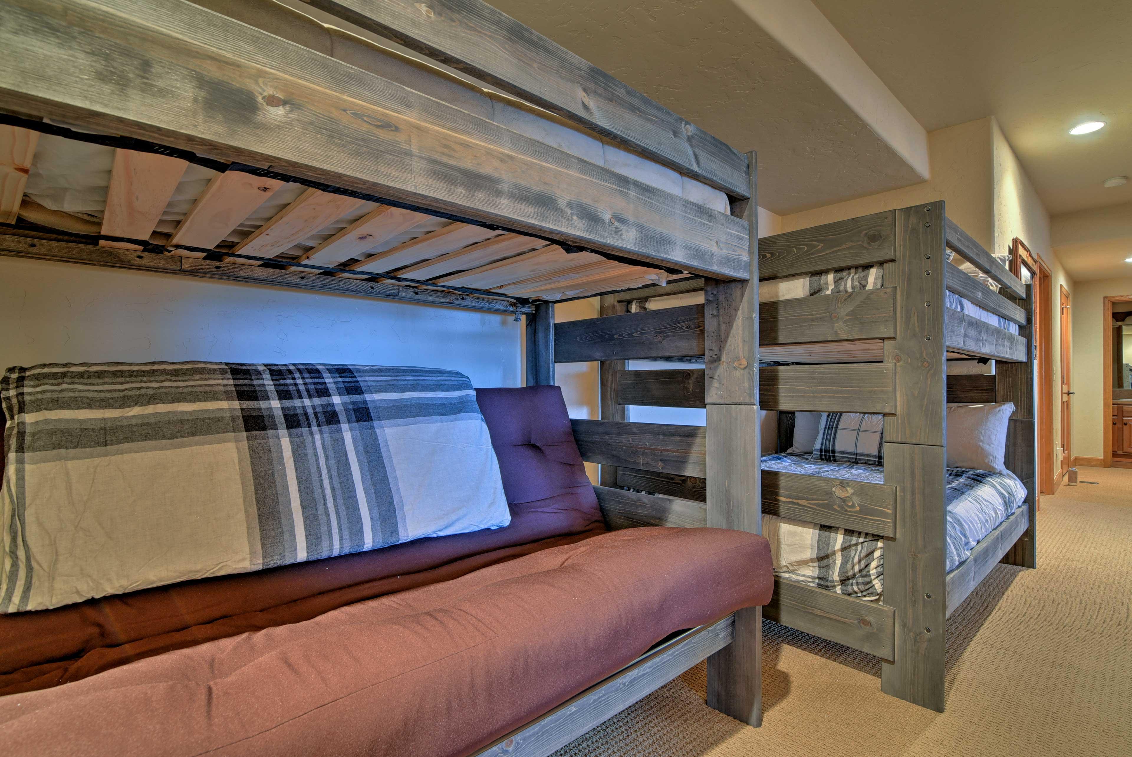 Basement   Full Bunk Bed   Lofted Twin Bed   Full Futon