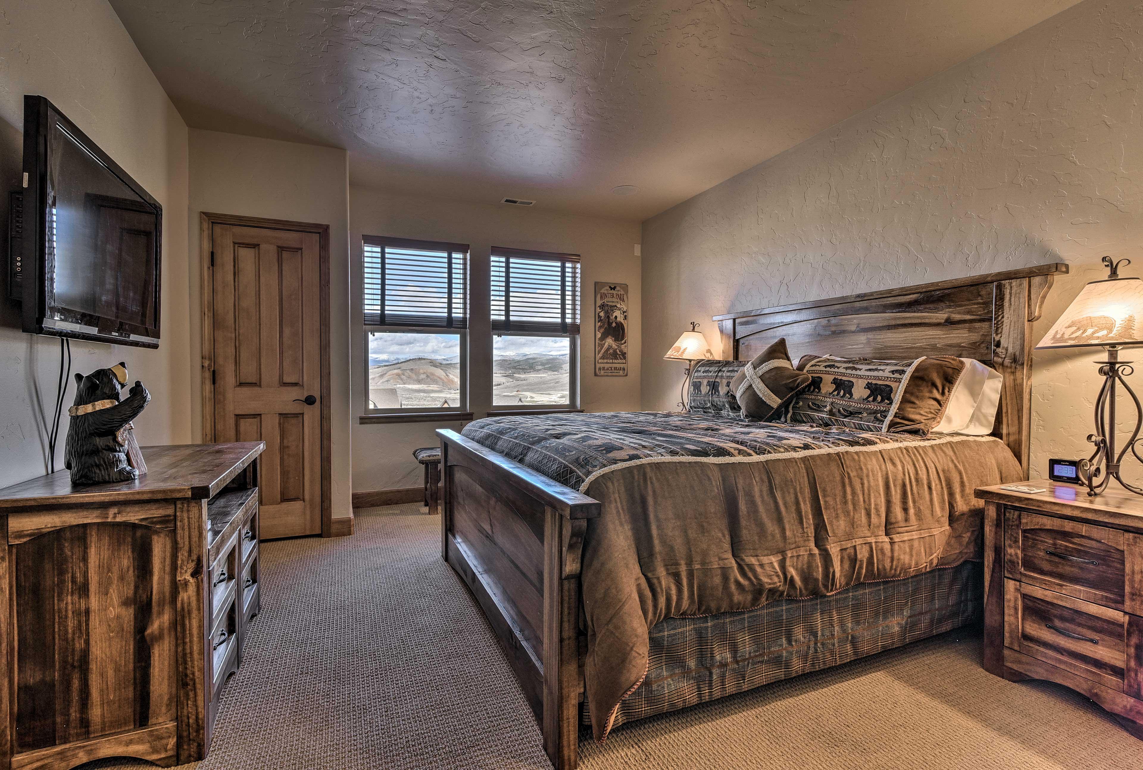 Bedroom 4   King Bed   Basement Level