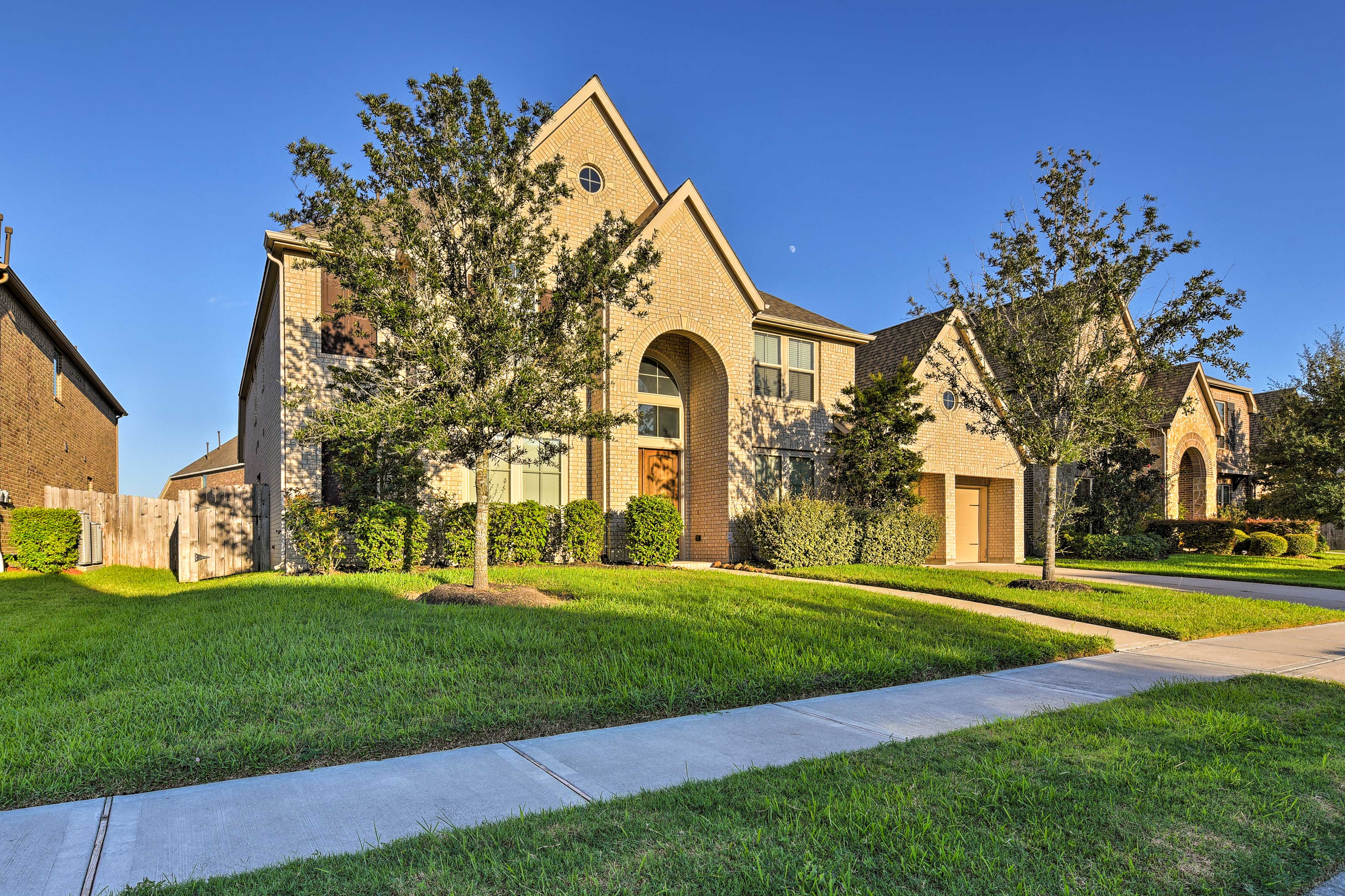 The home is within minutes of various area attractions!