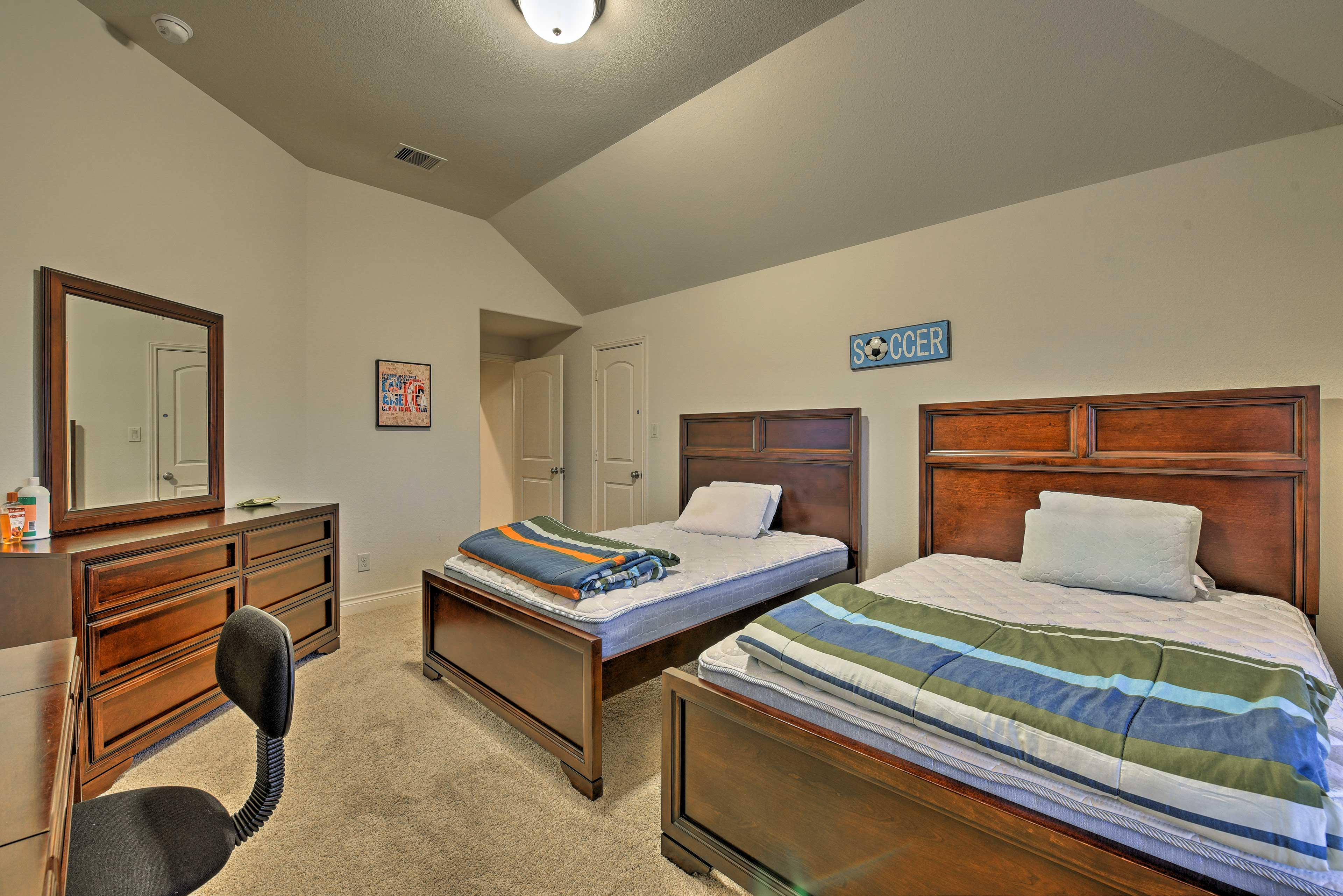 Your kiddos will love sharing this bedroom!