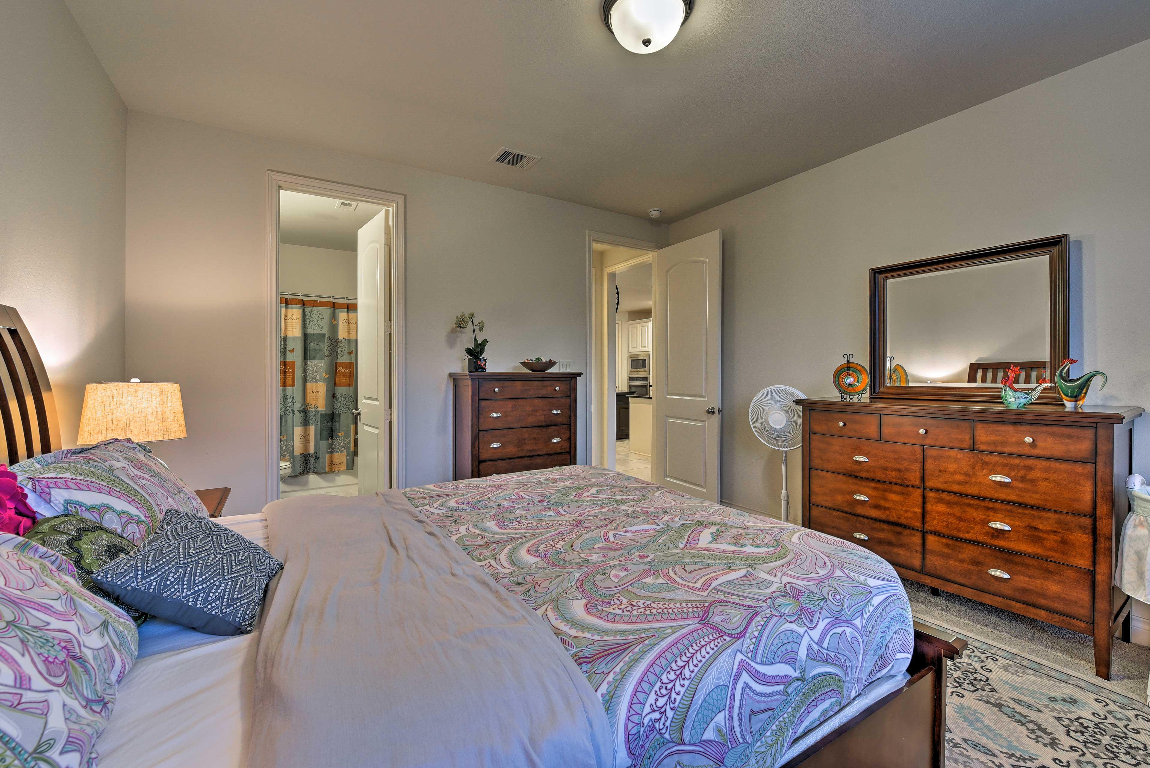 Wood furnishings make this room feel warm and cozy.