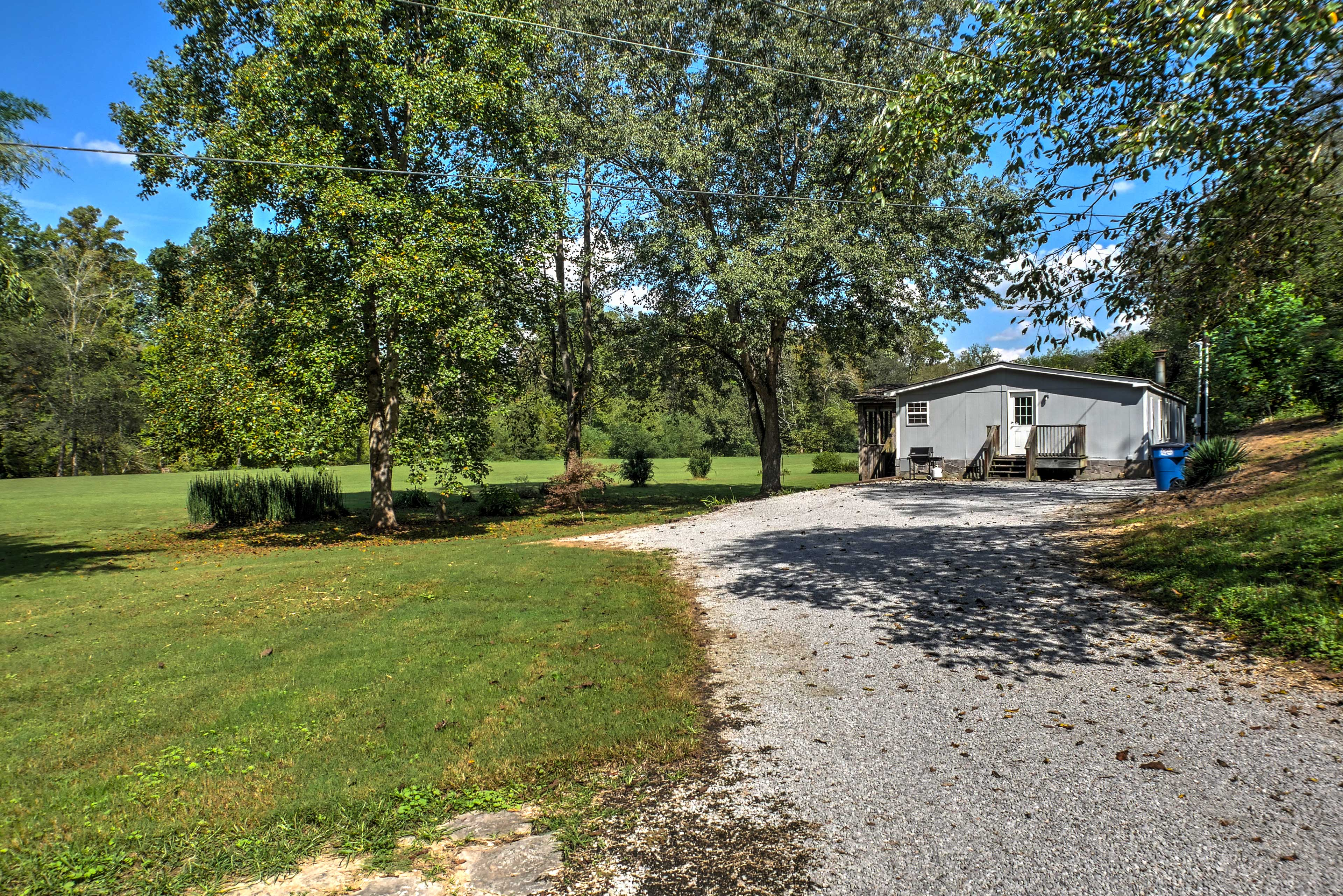 You'll find ample parking in the extended gravel driveway!