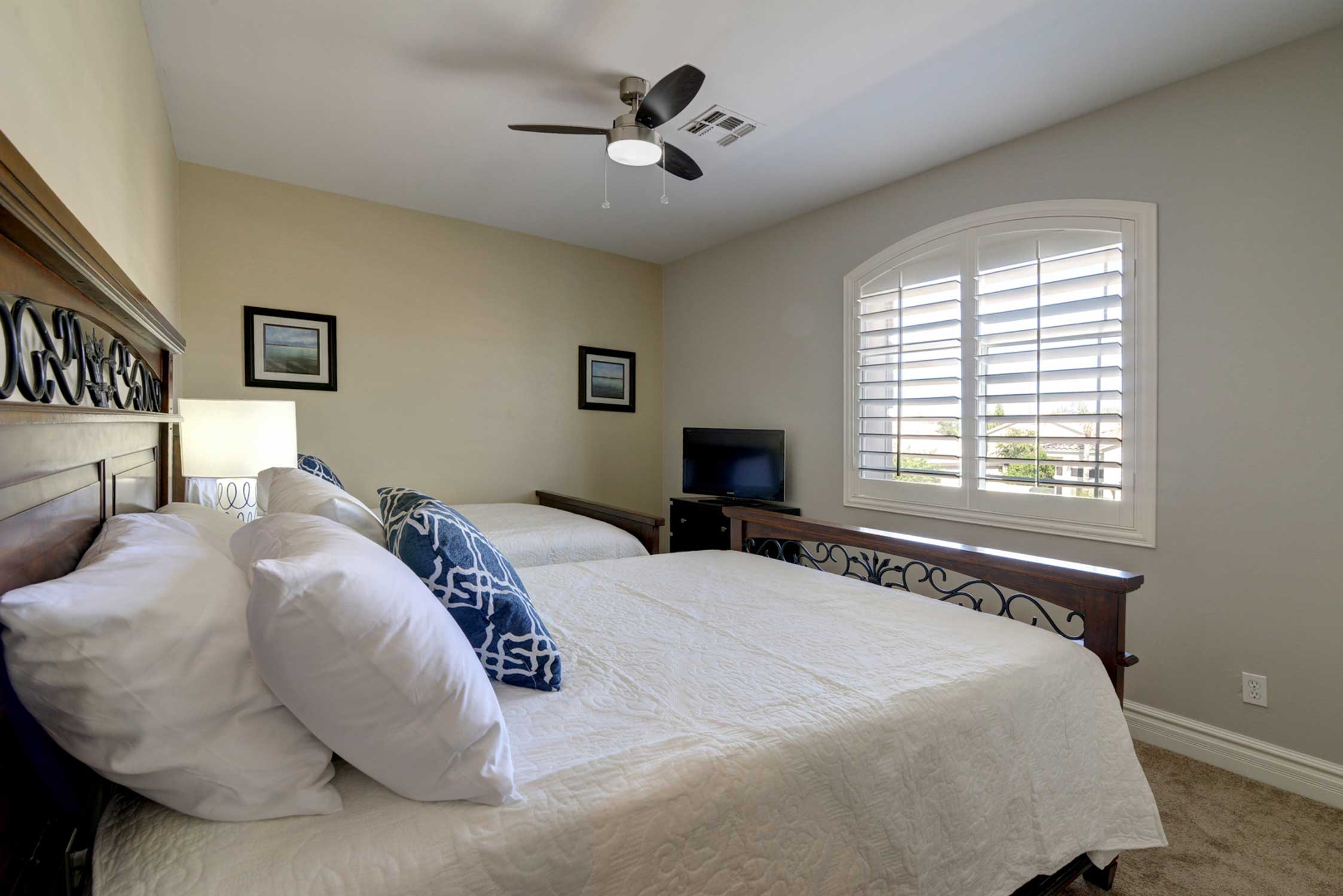 This room includes 2 queen beds.