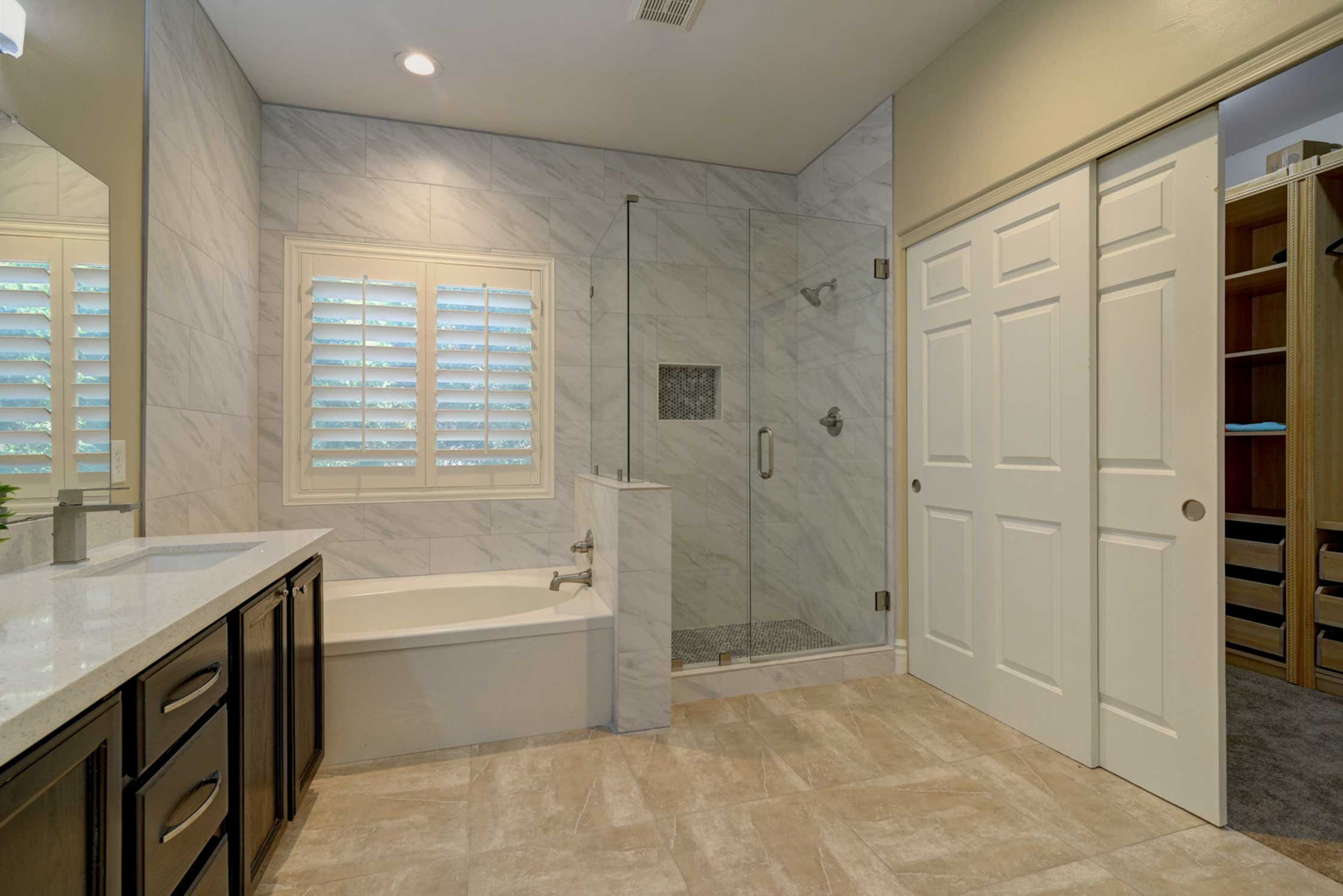Relax in the soaking tub or rinse off in the walk-in shower.