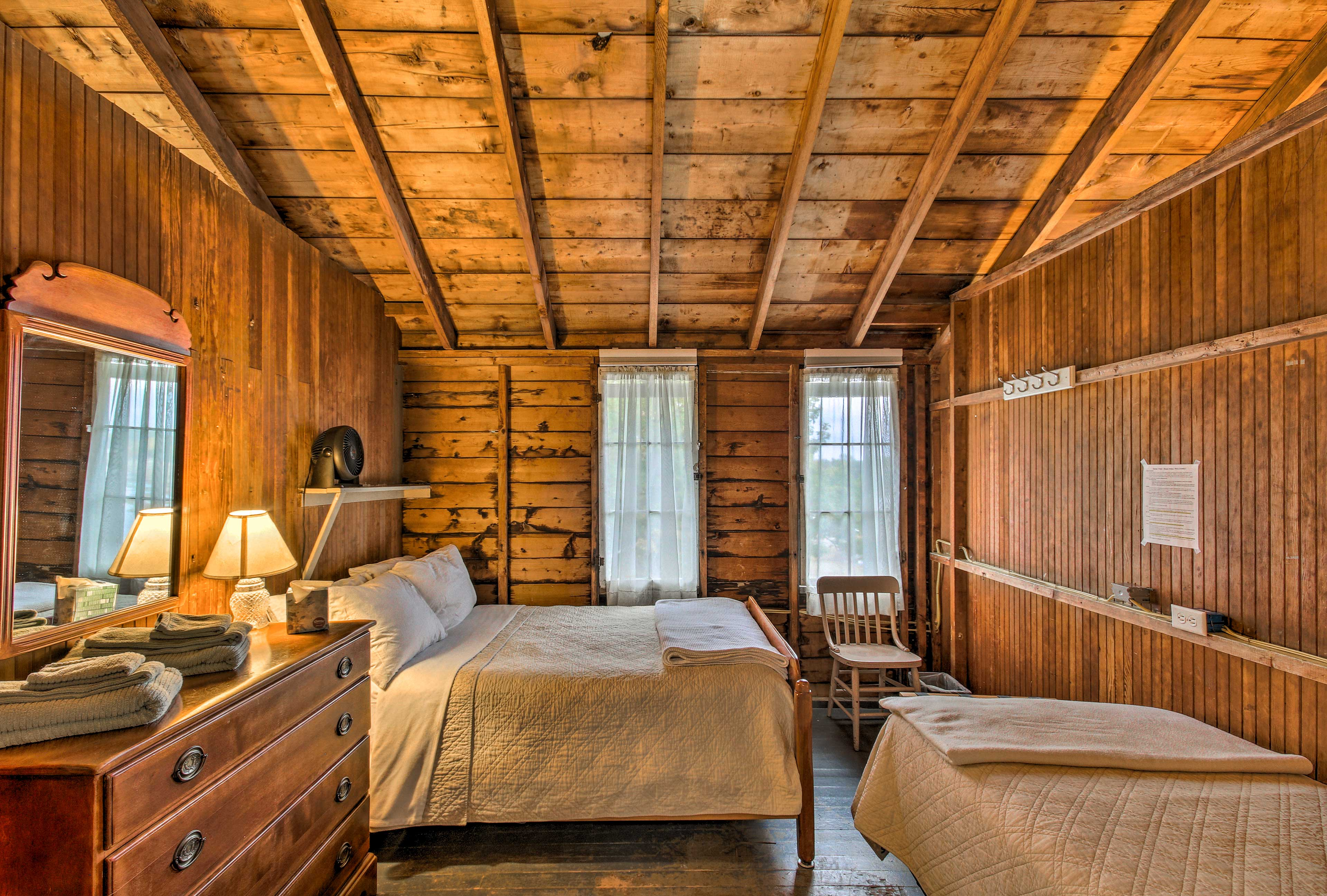 In the 2nd upstairs bedroom, you'll find 1 twin bed & 1 full bed.