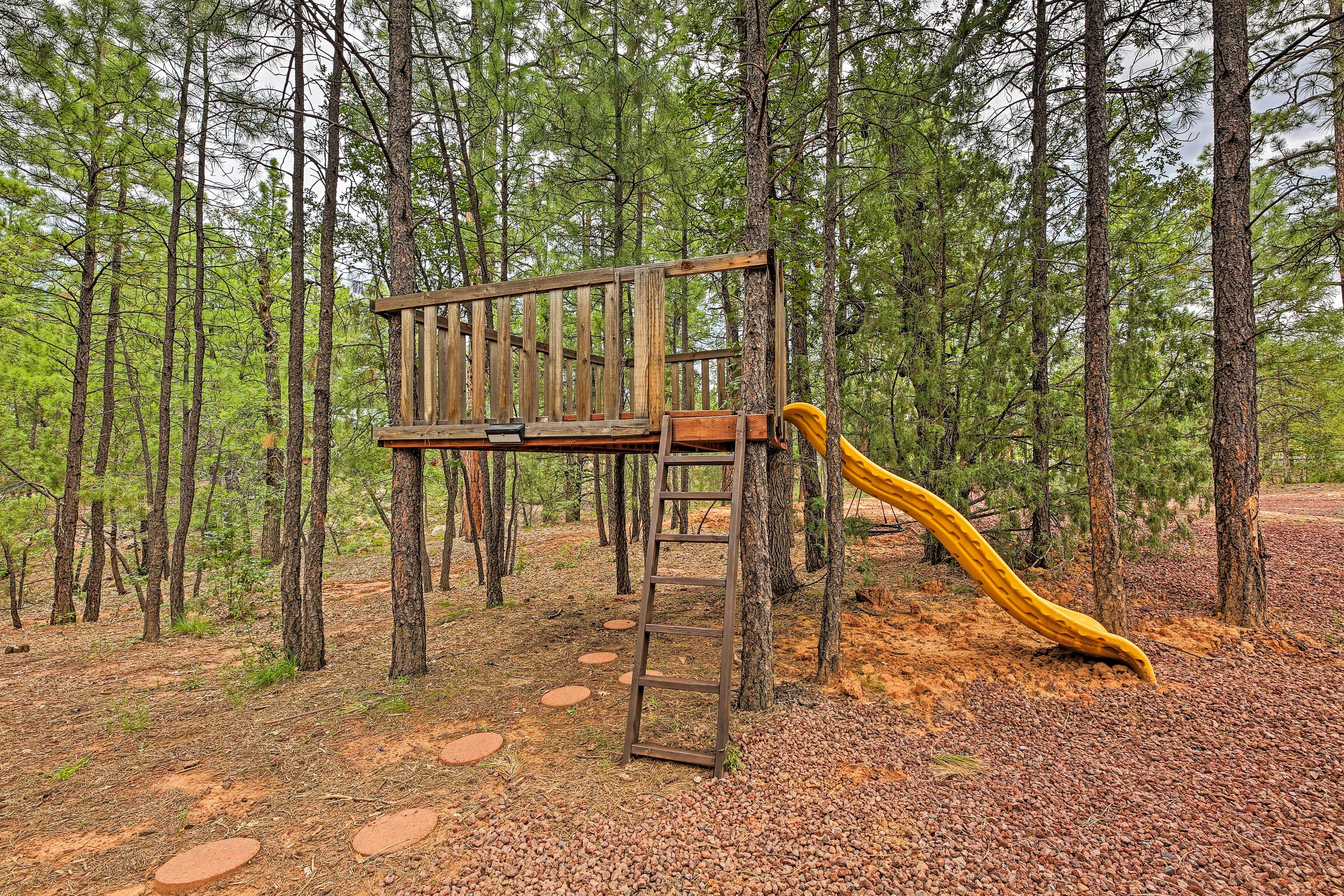 Exterior | Treehouse Playground