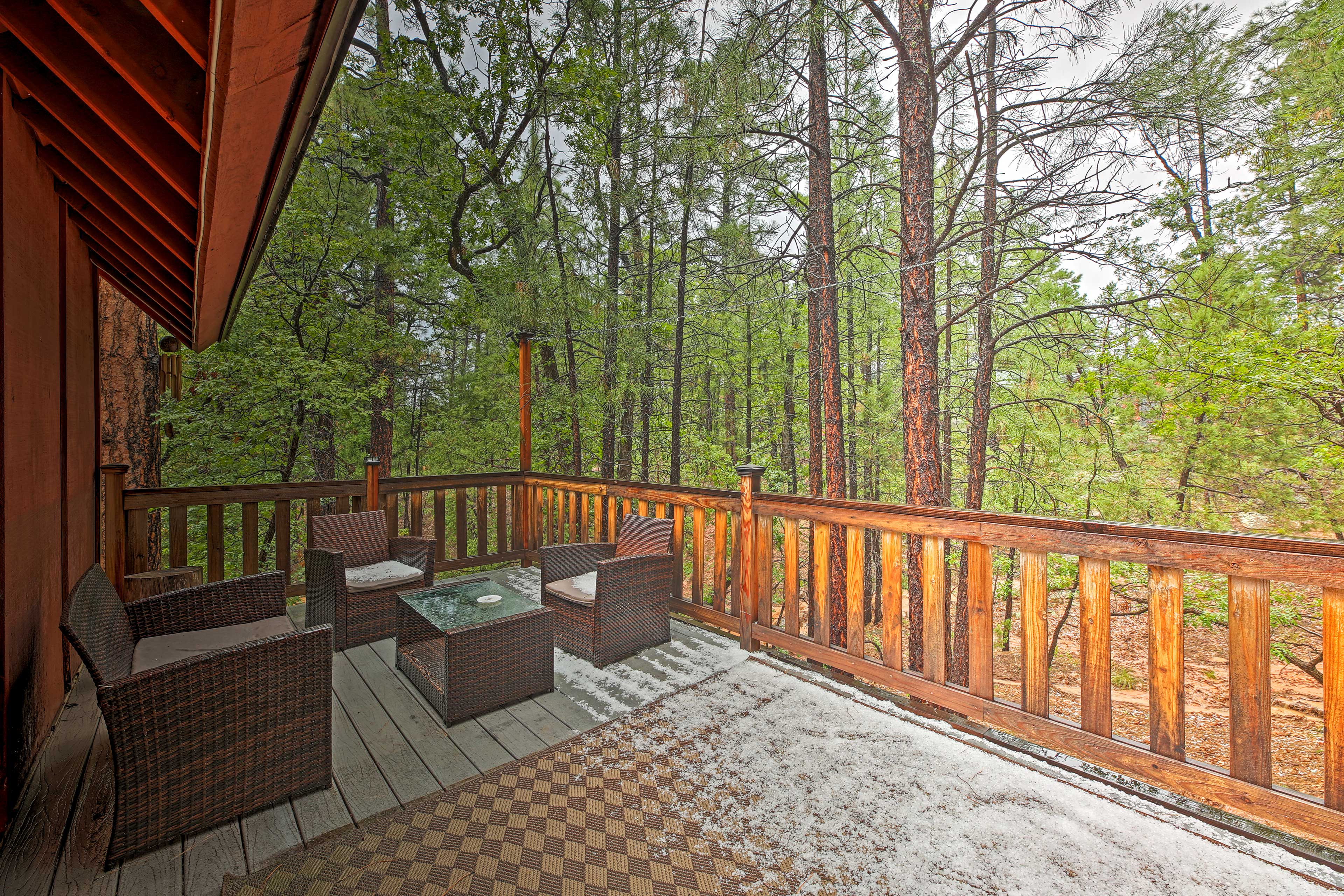 Deck | Outdoor Seating
