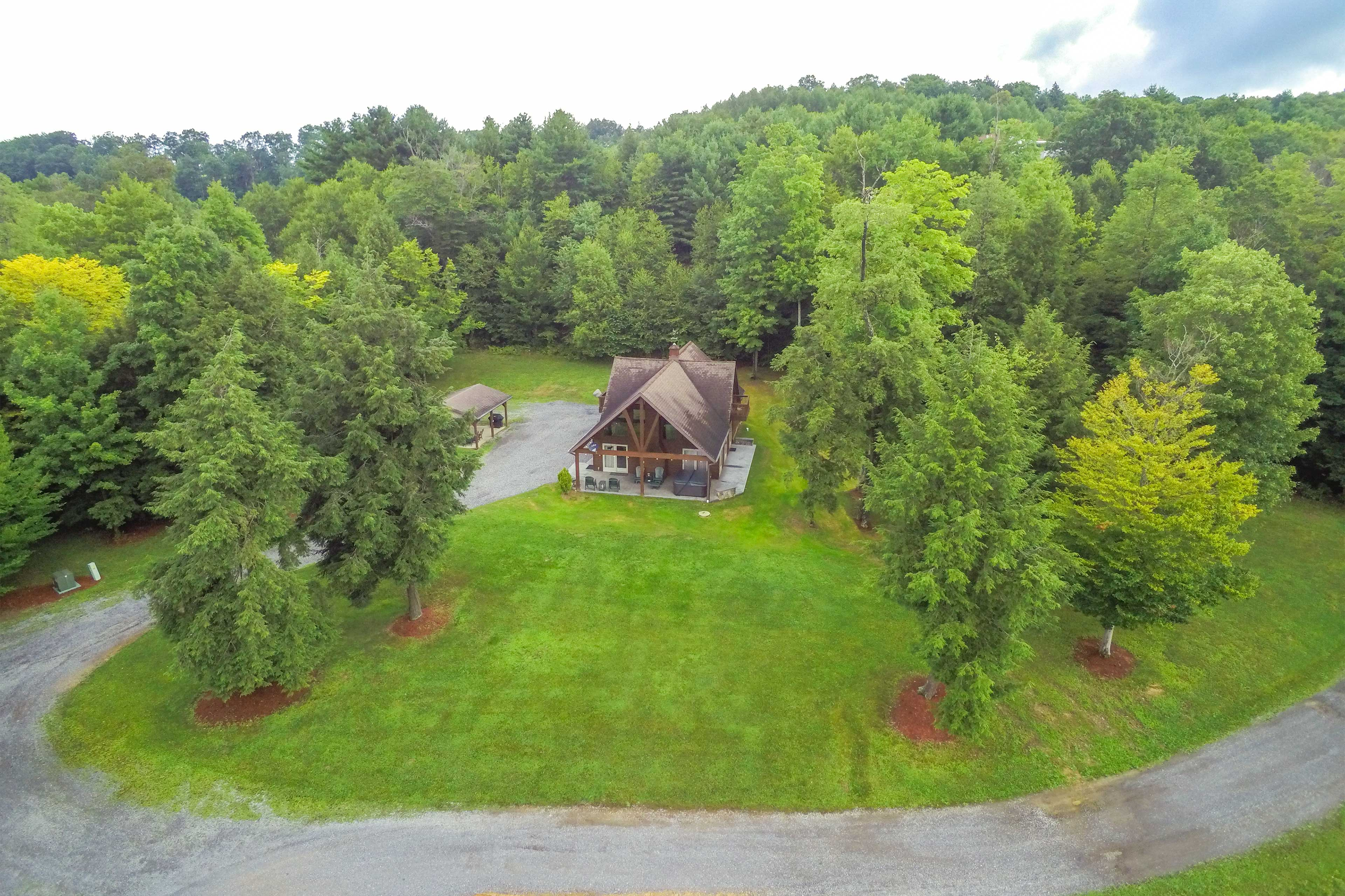 'Elk Terrace Lodge' has everything you need!