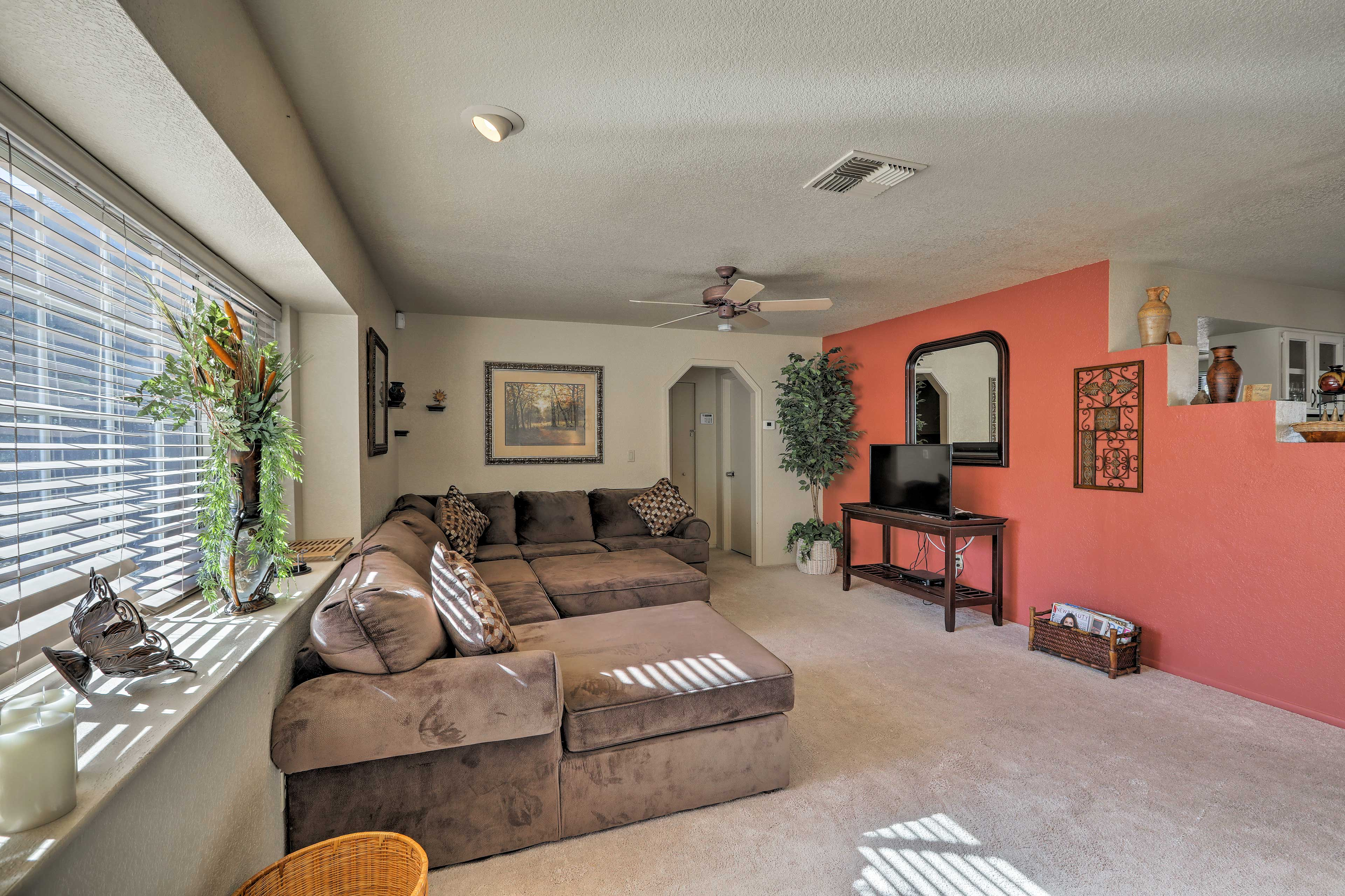 An additional guest in your group can sleep on the sectional couch!