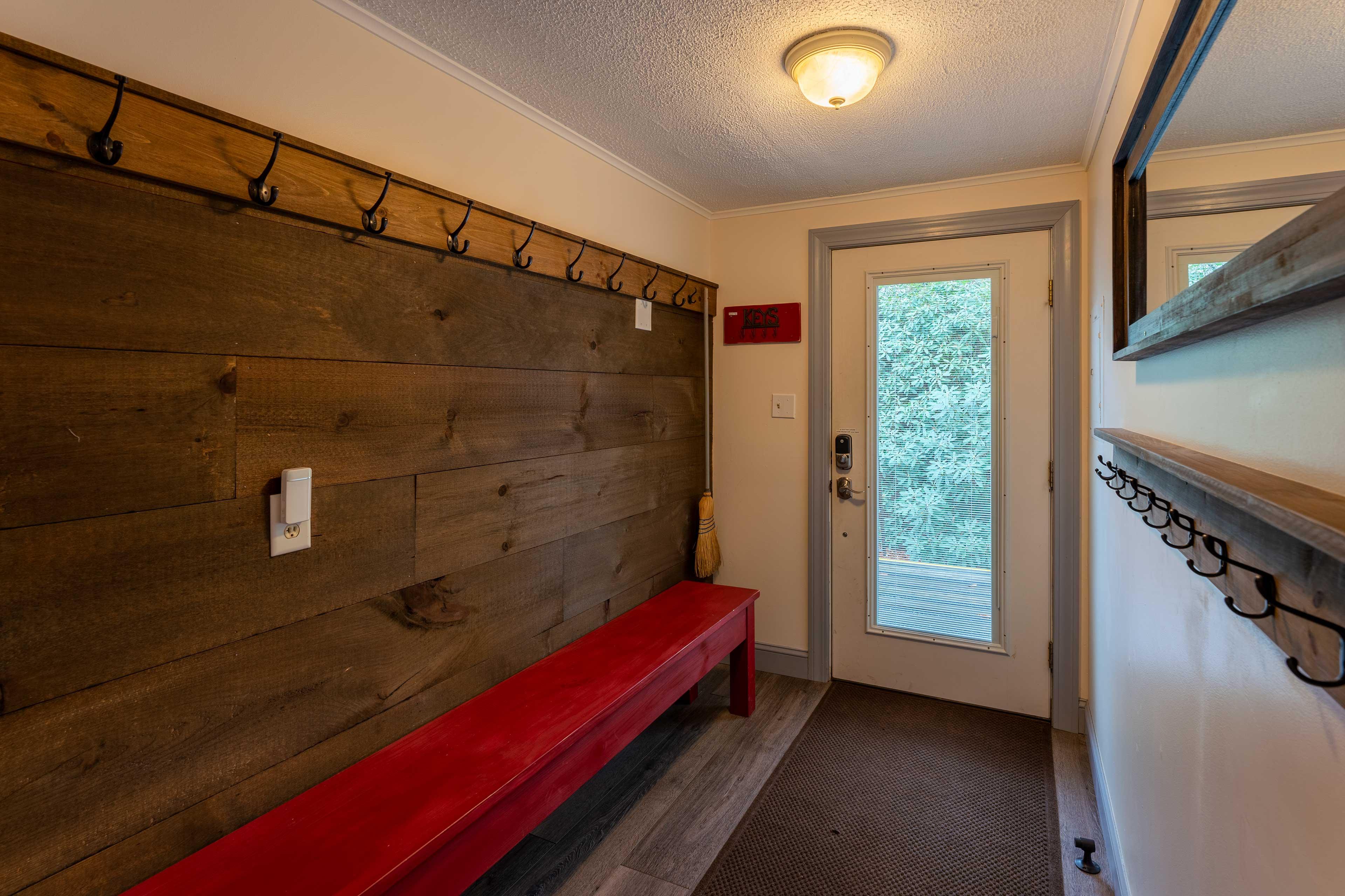 Mud Room   Ski Storage