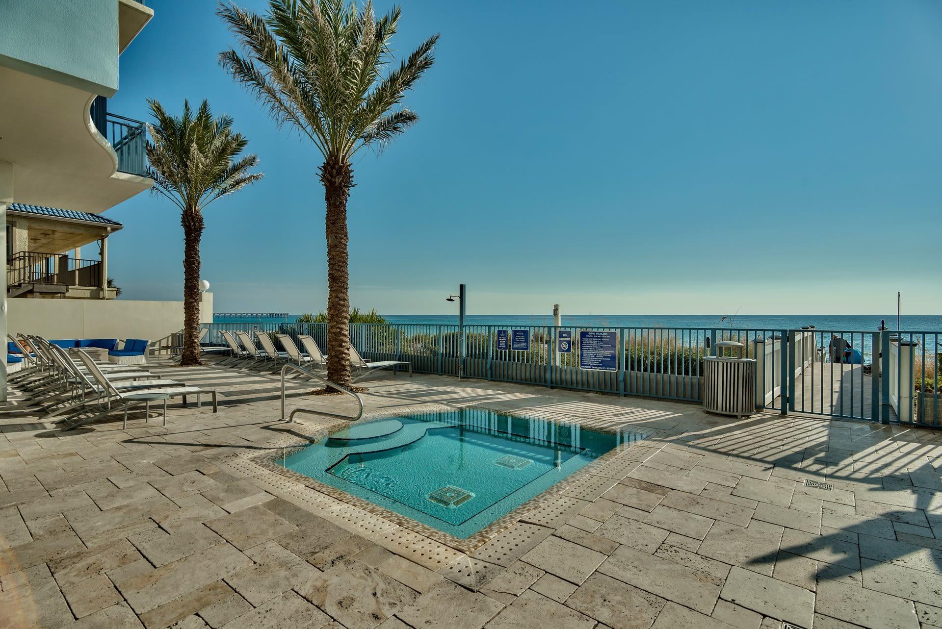 Resort Pool   Direct Beach Access