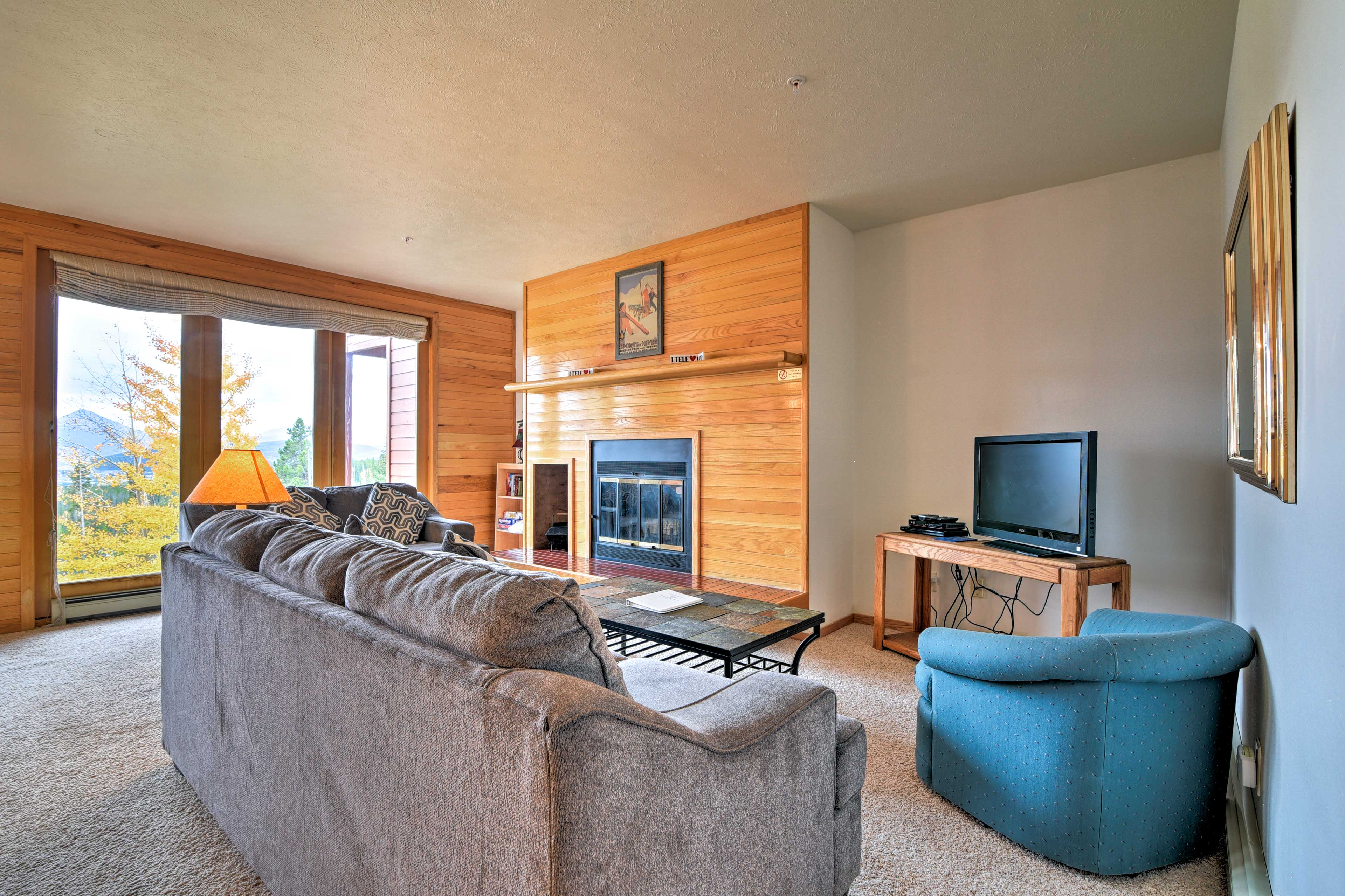 Relax in the living room after skiing at Keystone.