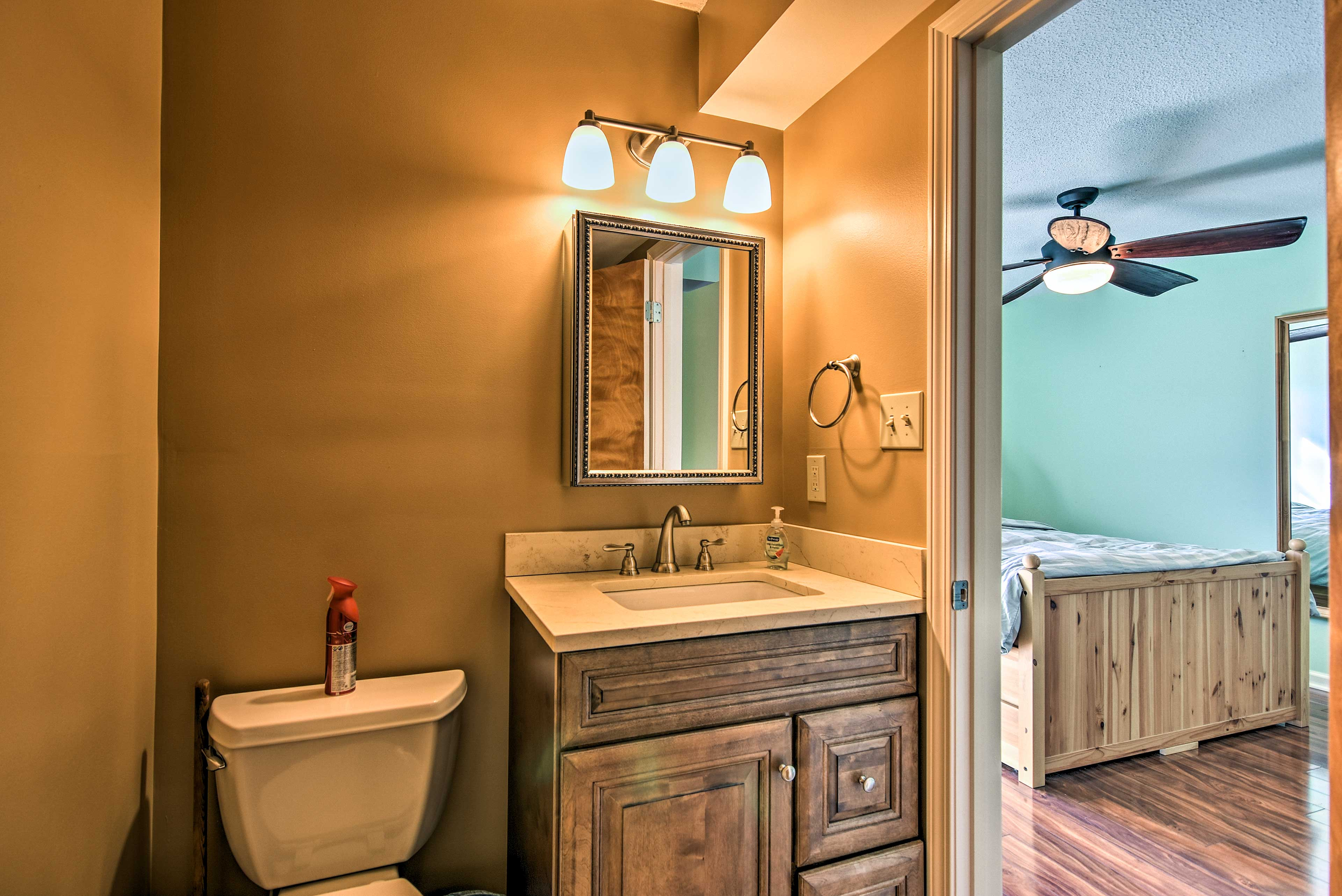 A full en-suite bathroom is provided for added convenience.