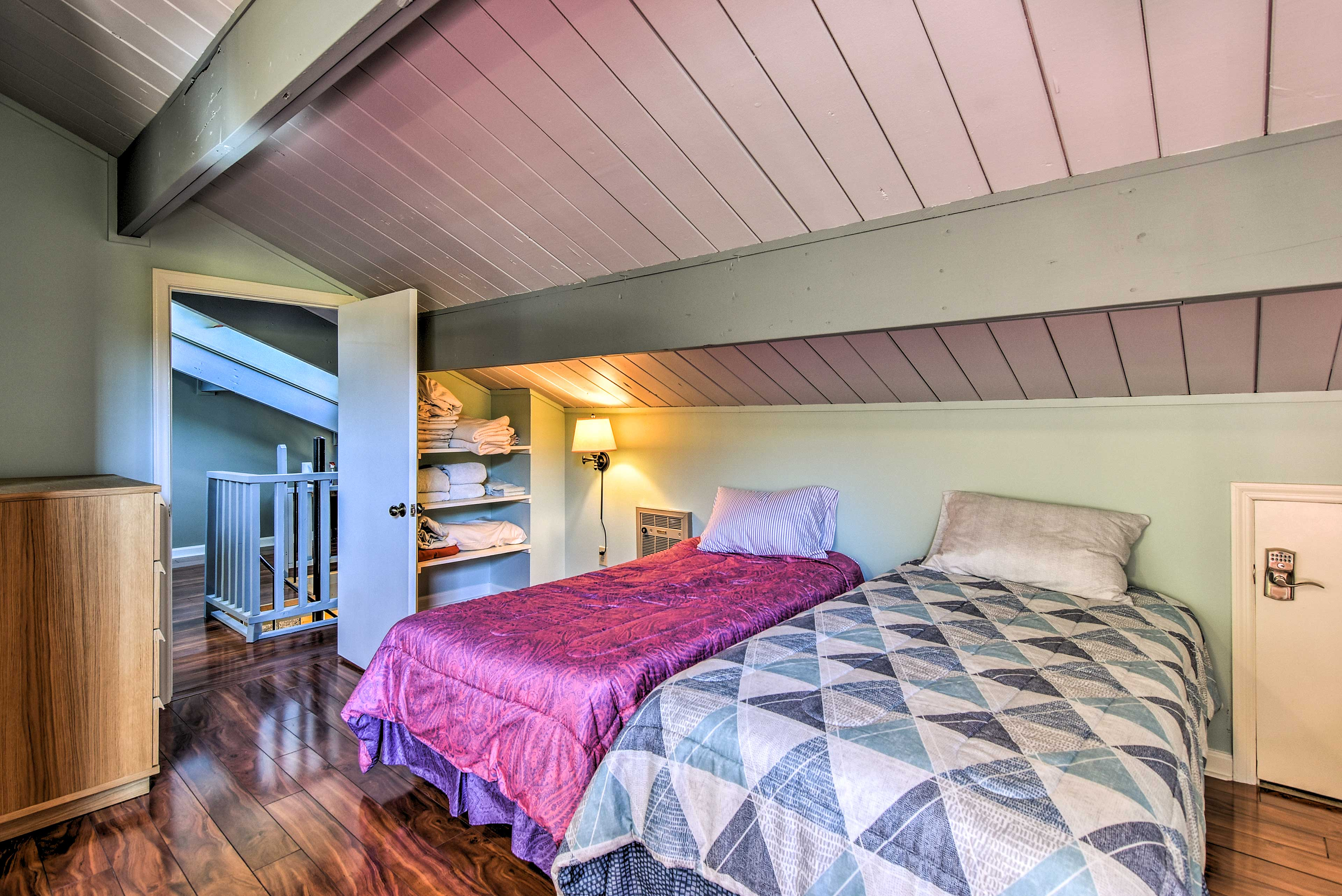 Your kids will love sharing the third bedroom with extra linens!