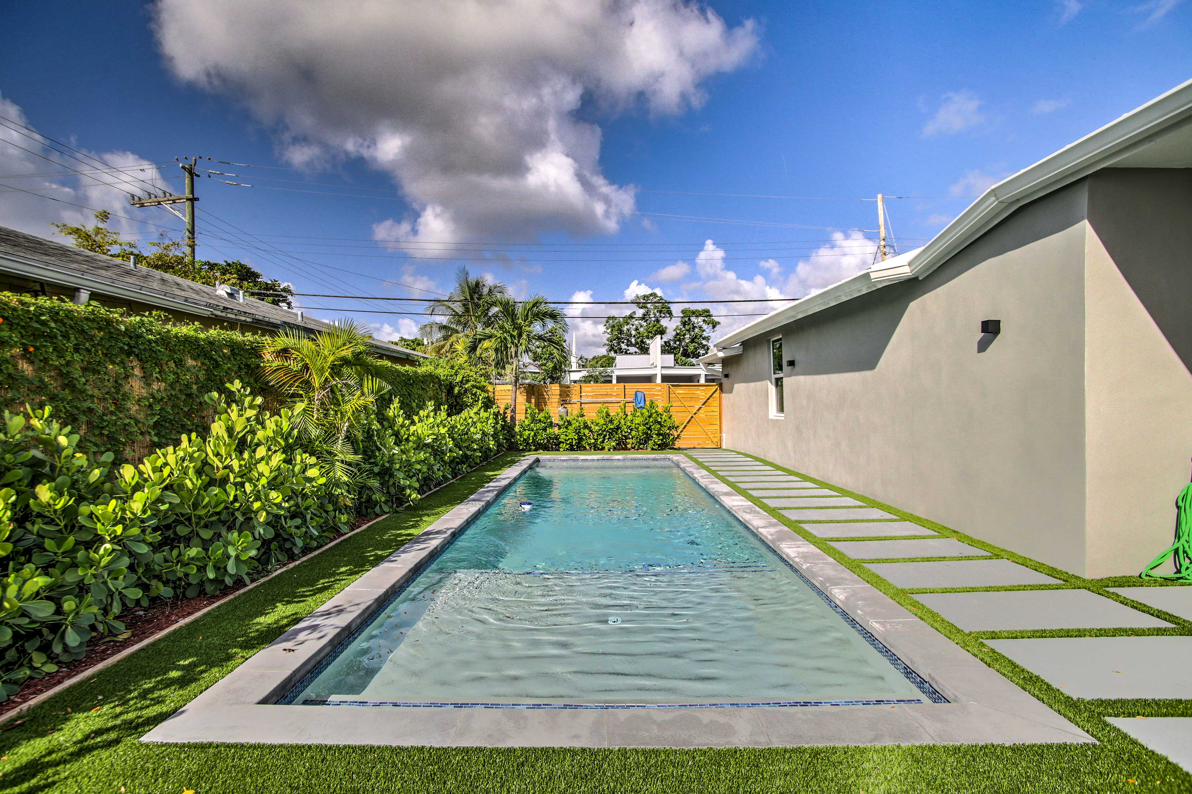 During your stay, enjoy access to a shared yard, pool and hot tub.