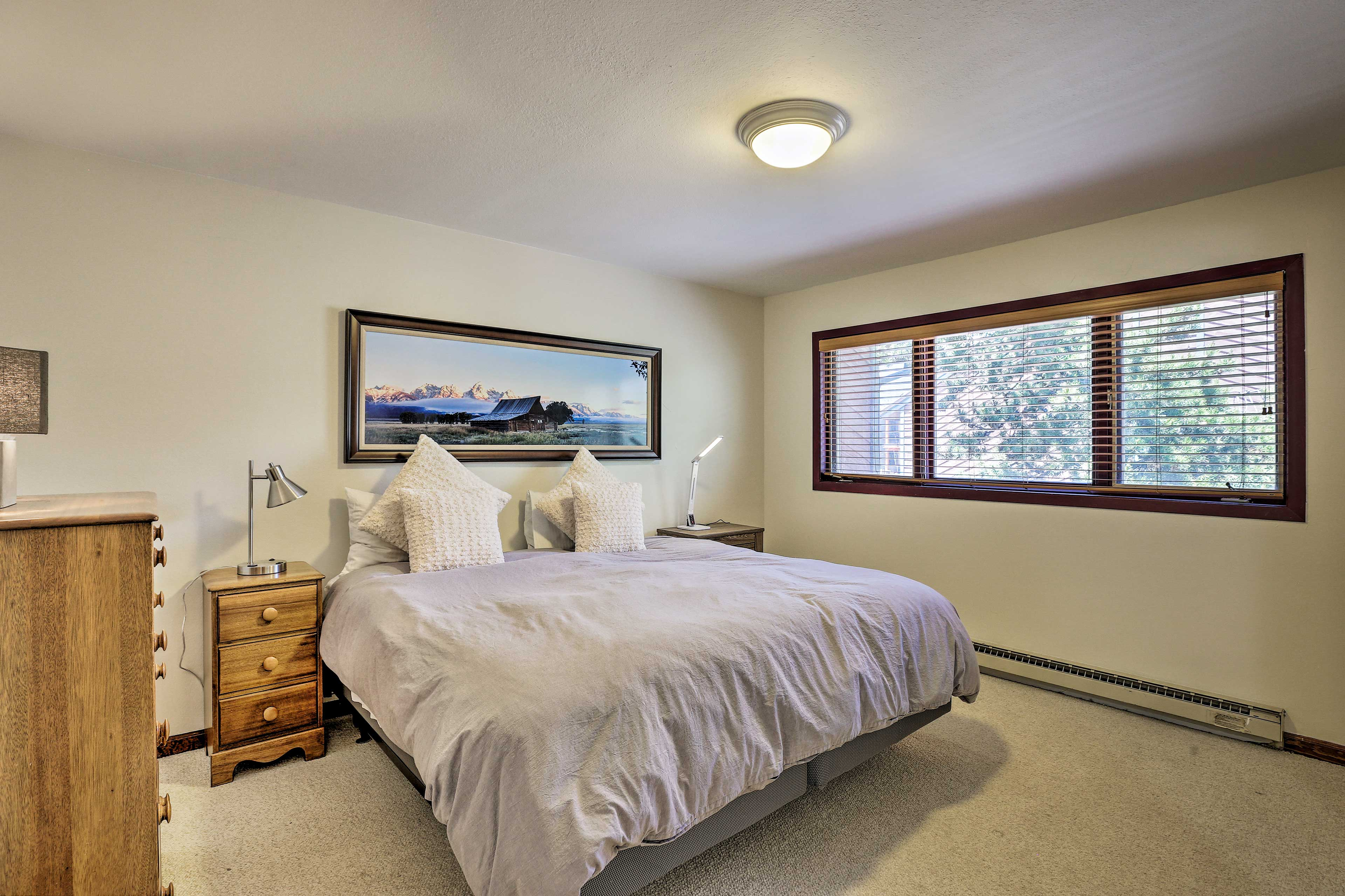 This room features plenty of space.