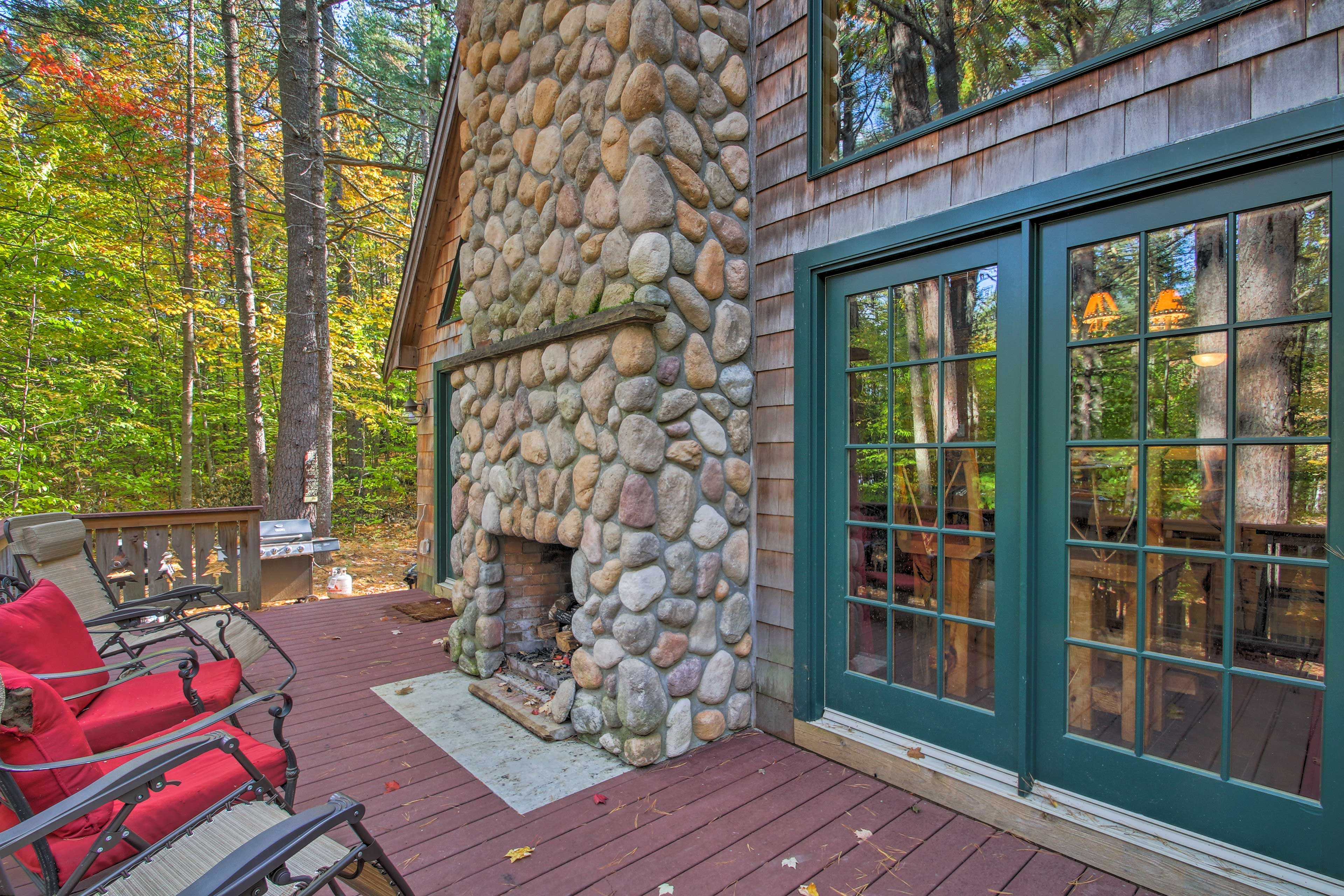 Discover this vacation rental home buried deep in the White Mountains of Conway!