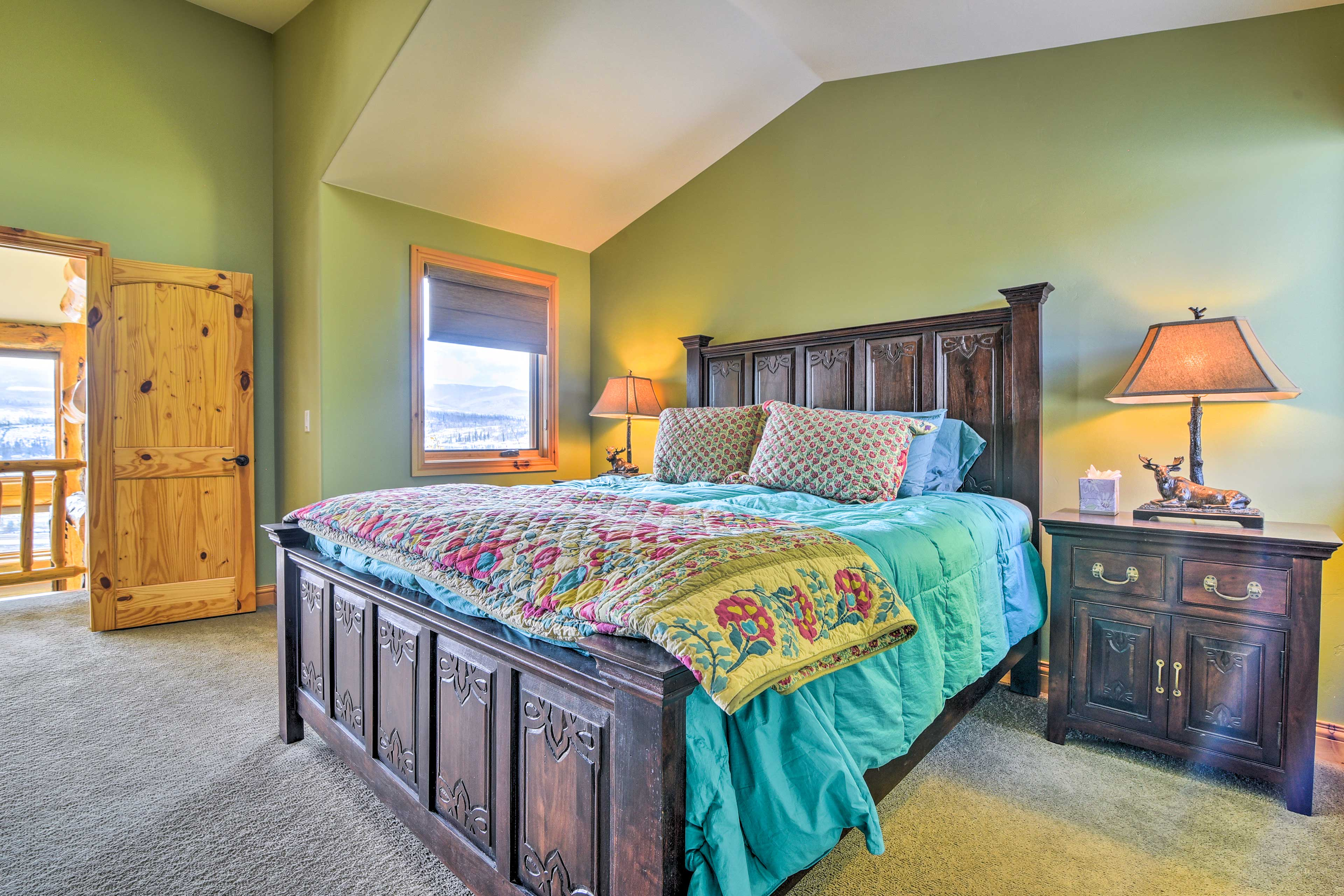 Bedroom 3 | King Bed