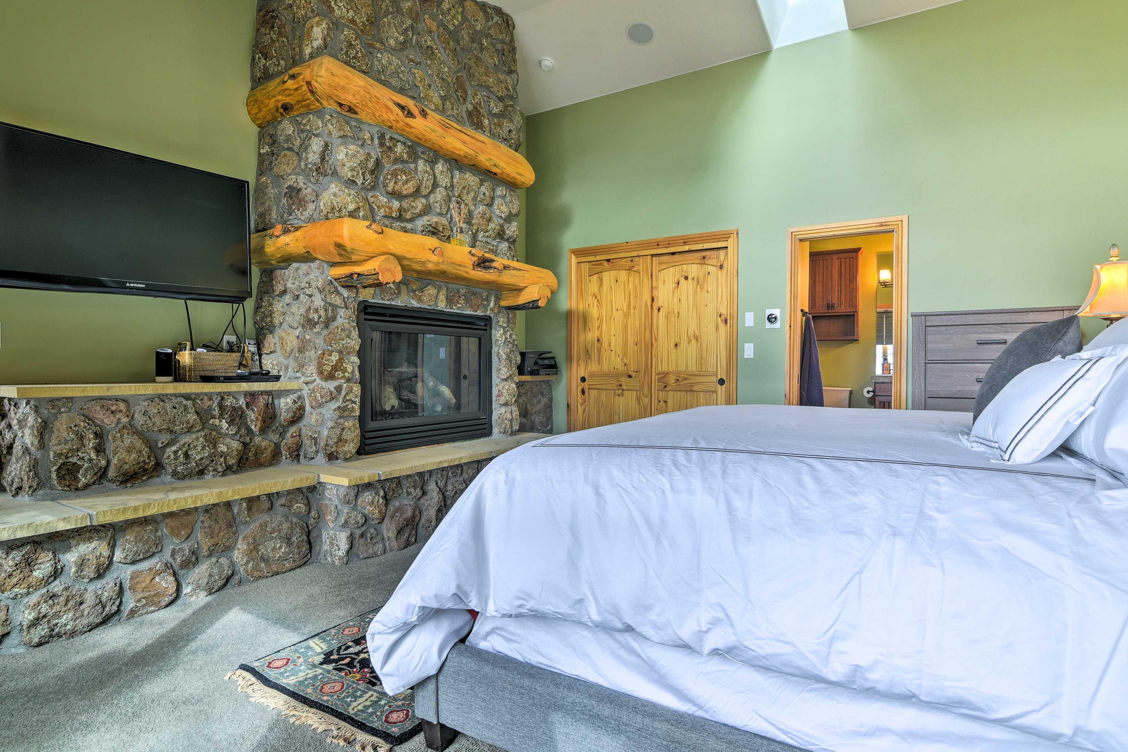 Bedroom 1 | Gas Fireplace | Flat-Screen Cable TV | En-Suite Bathroom