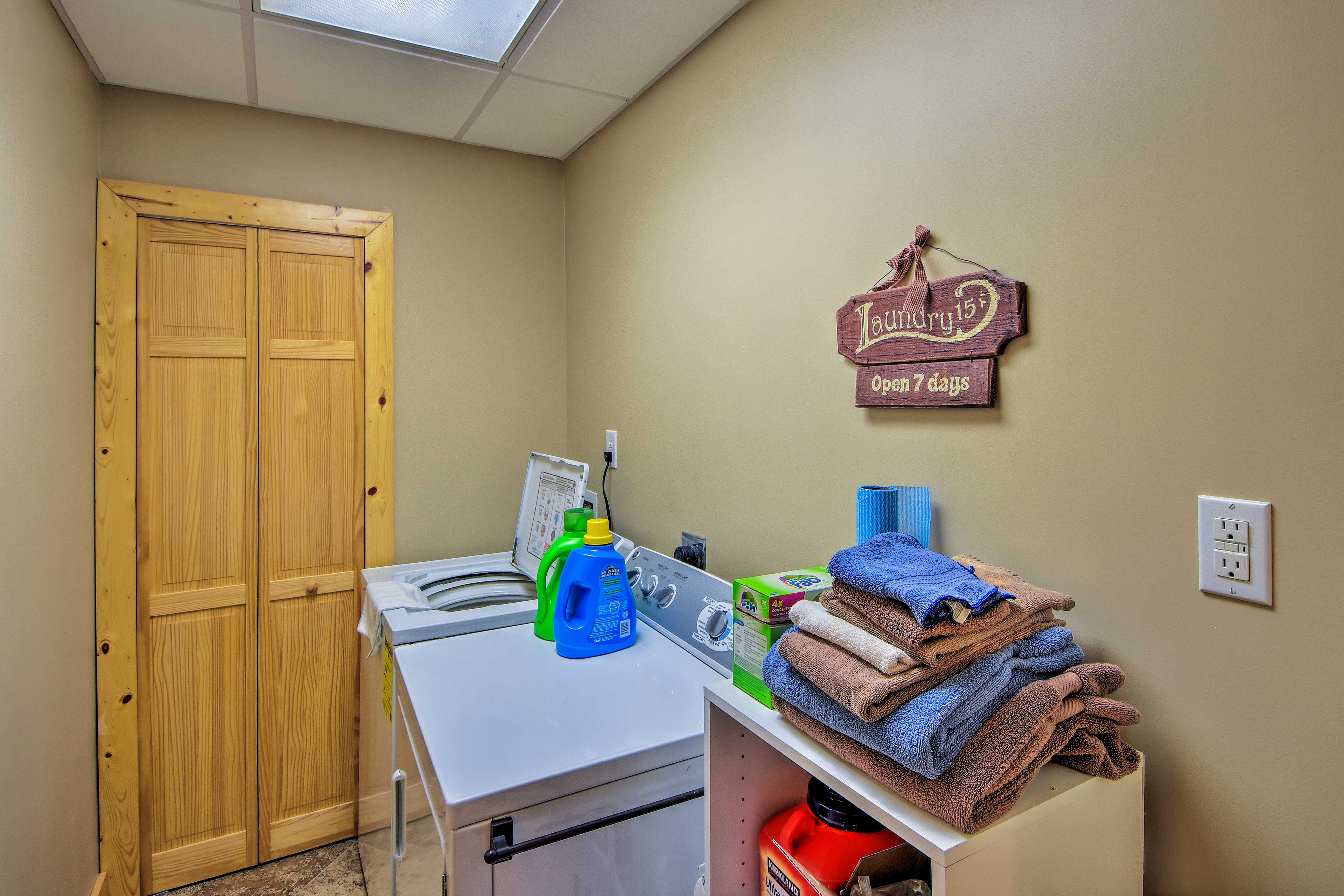 Keep your swim trunks clean with in-unit laundry rooms.