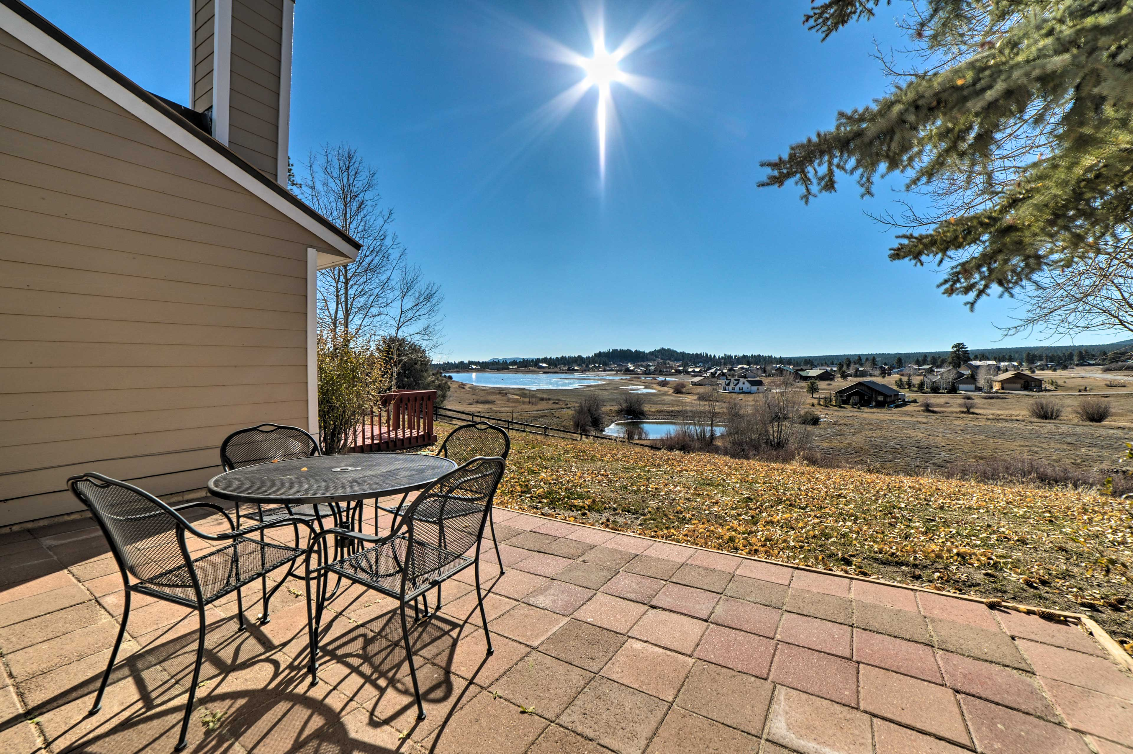 Fall in love with nature at this vacation rental condo in Pagosa Springs!