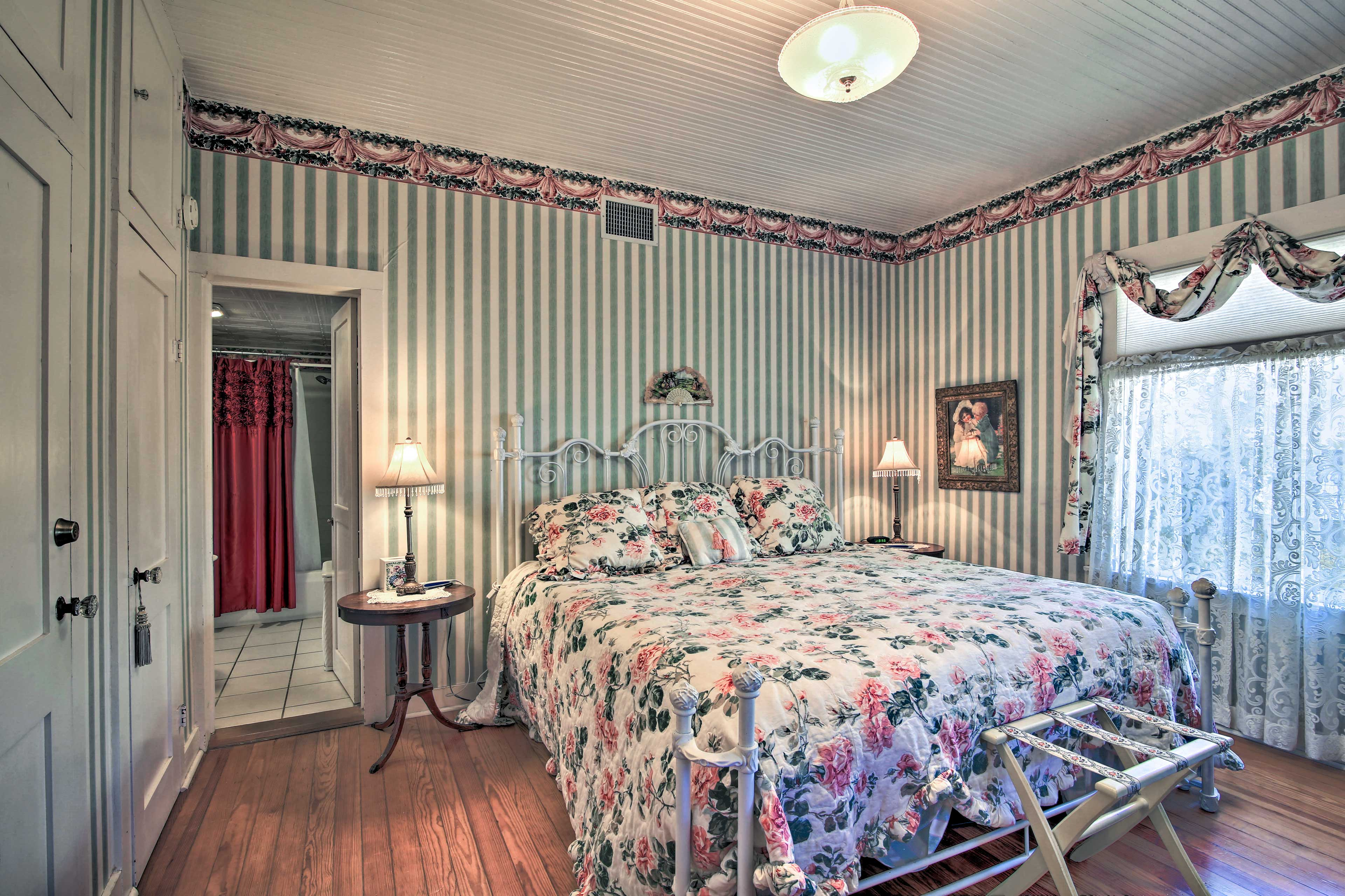 The master bedroom has king-sized Tempurpedic adjustable bed.