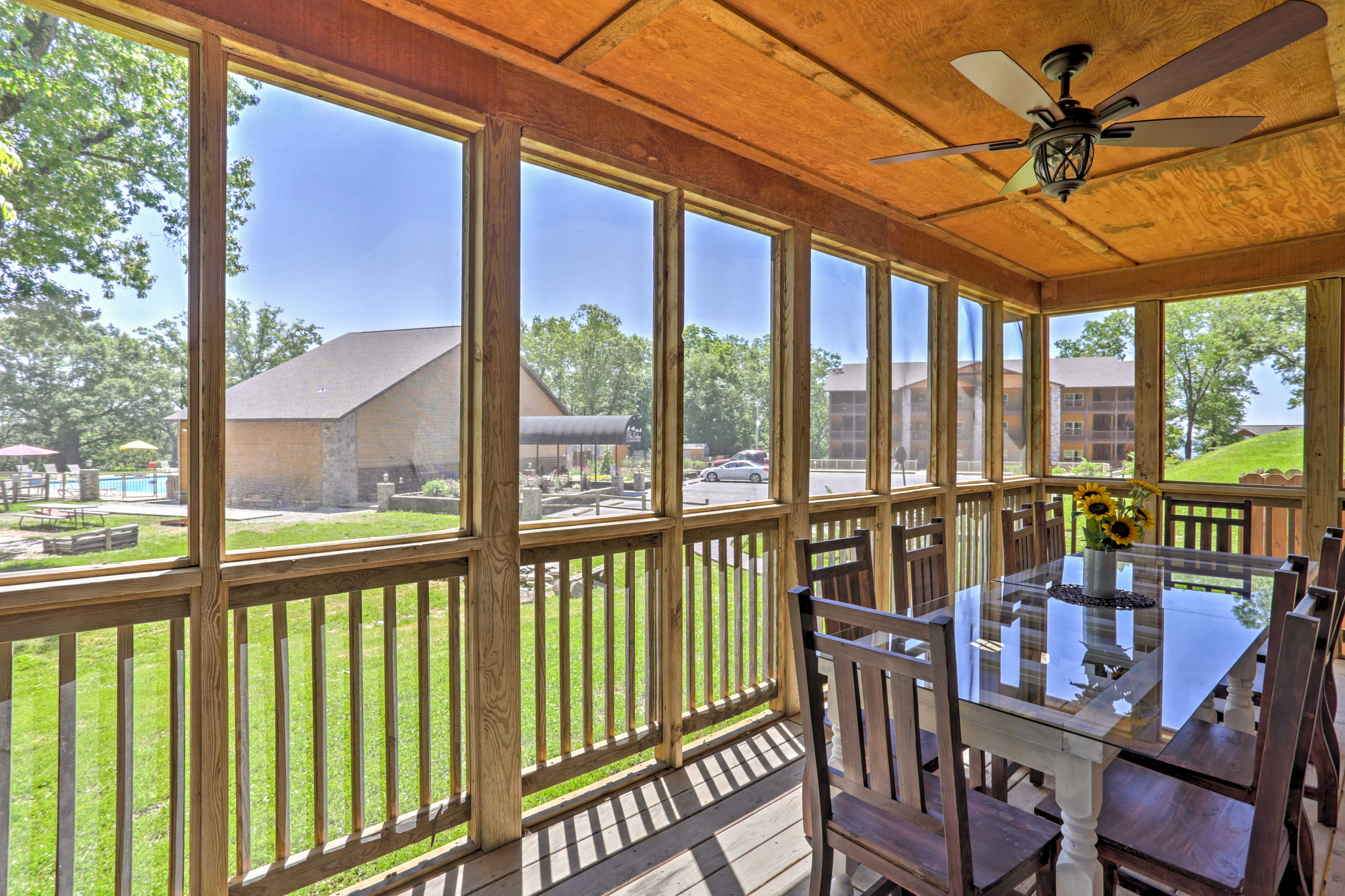 Private Screened-in Porch   Outdoor Dining Table