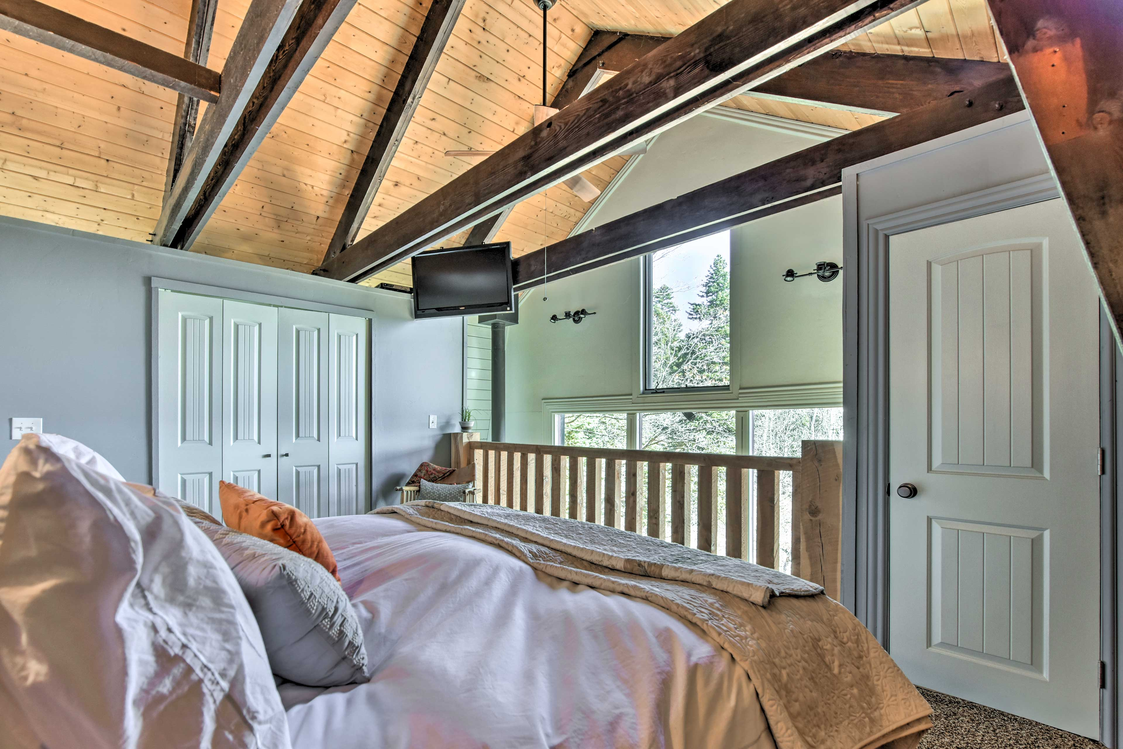 Rise and shine to natural sunlight streaming through the adjacent windows.