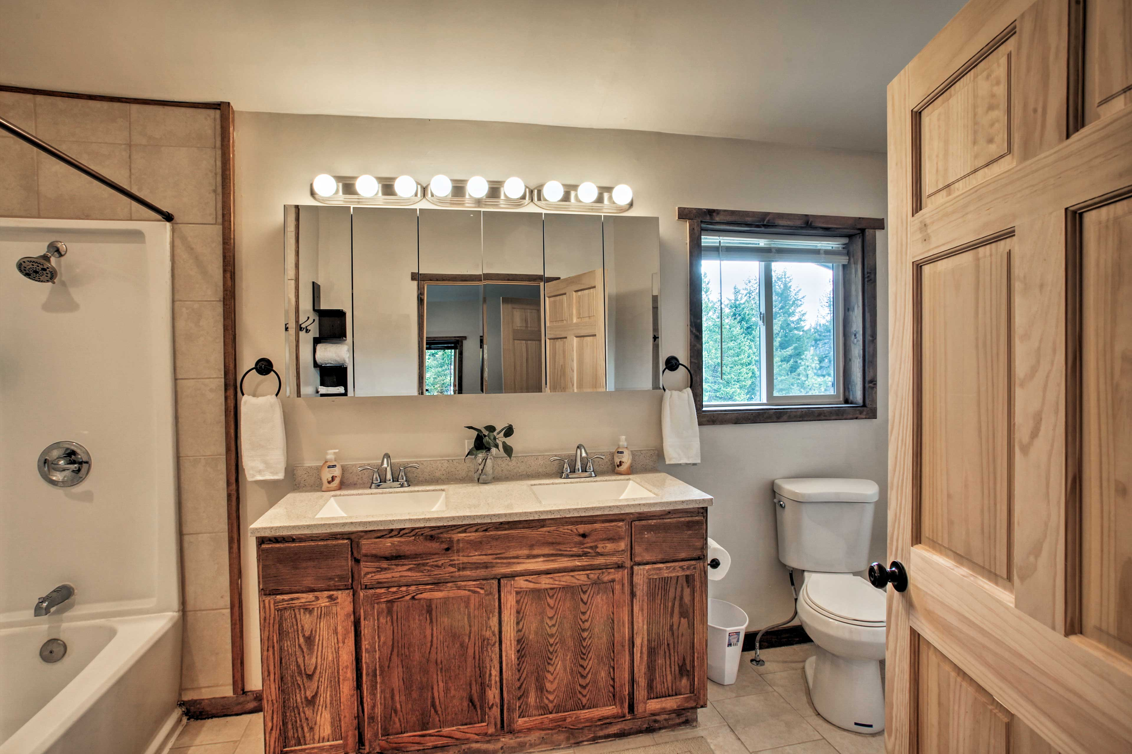 The double vanity makes it easy to get ready each day.