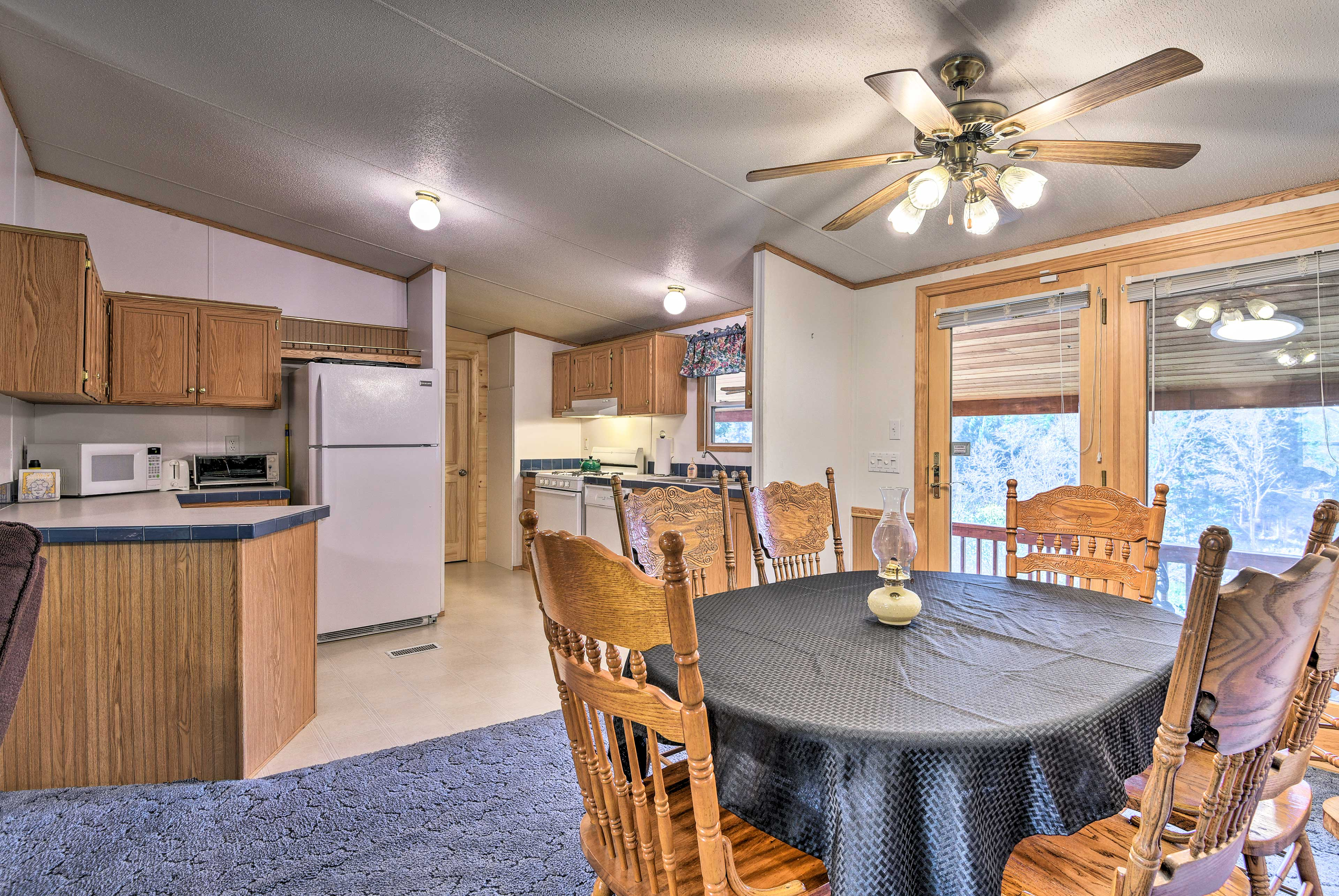 You'll be steps from the fully equipped kitchen as you wine and dine.