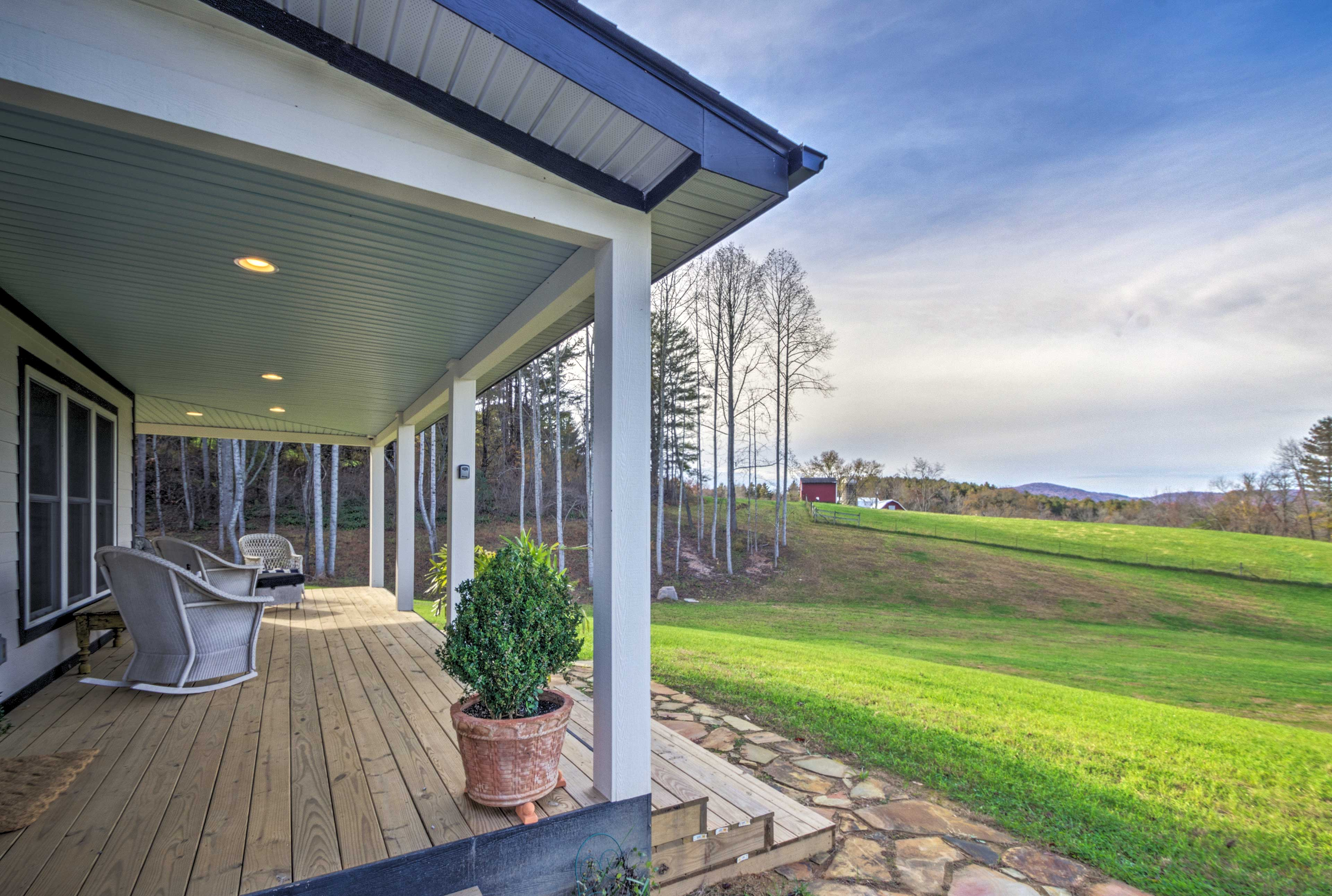 Unplug and reconnect with nature at this Fairview vacation rental home!