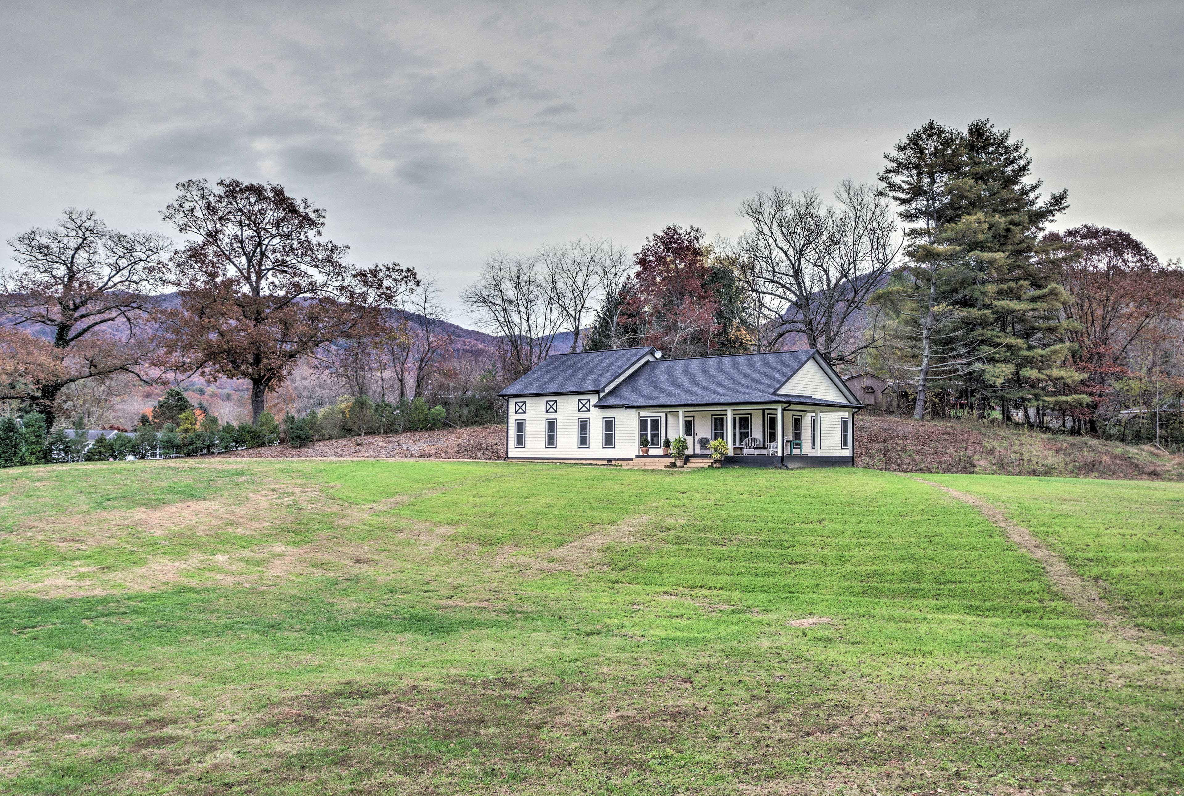 The property is less than 30 minutes from Asheville!