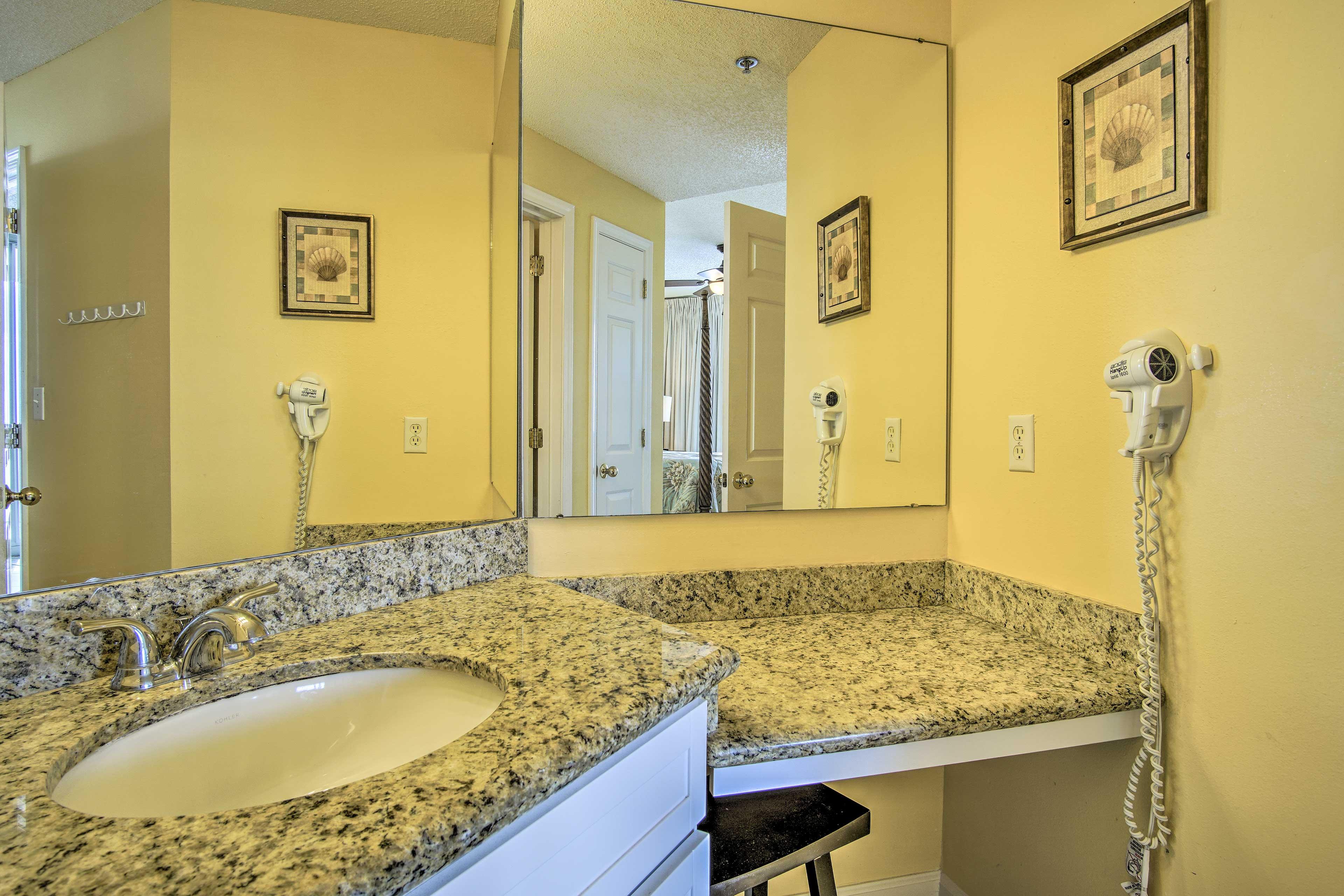 The master en-suite bathroom has enough space for everyone!