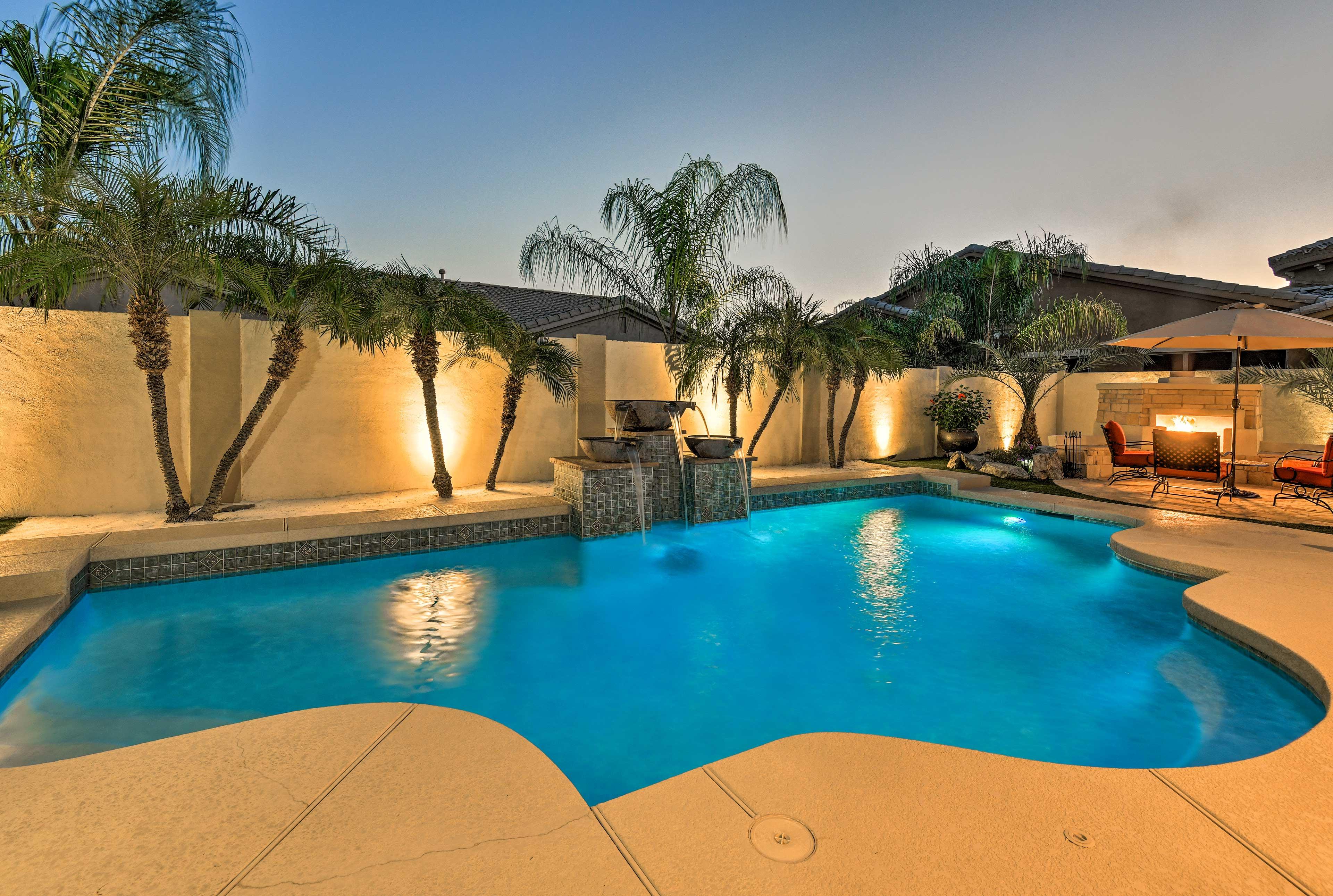 Private Backyard   Pool Lights