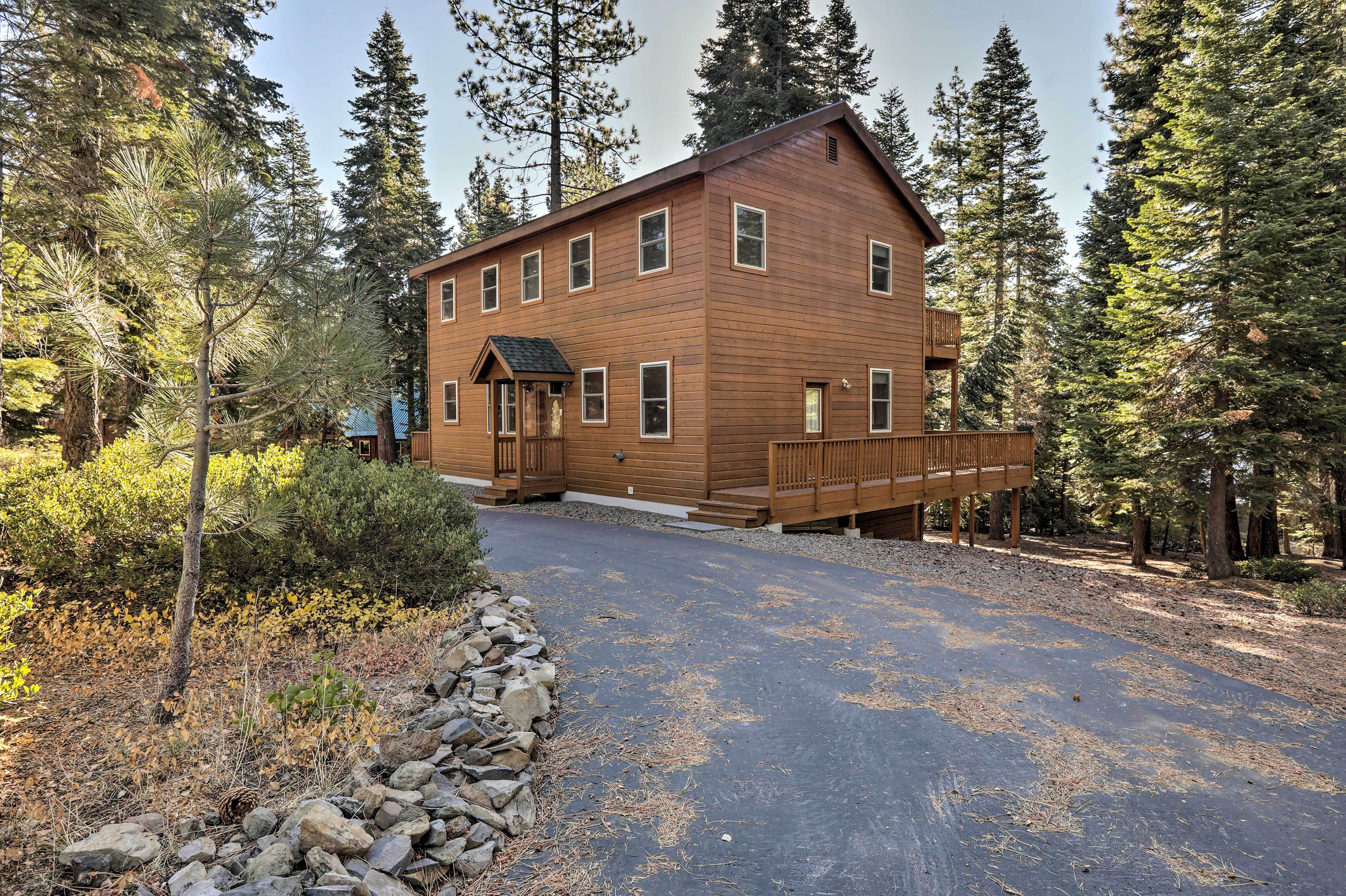 You can't beat this lovely Lake Tahoe vacation rental home.
