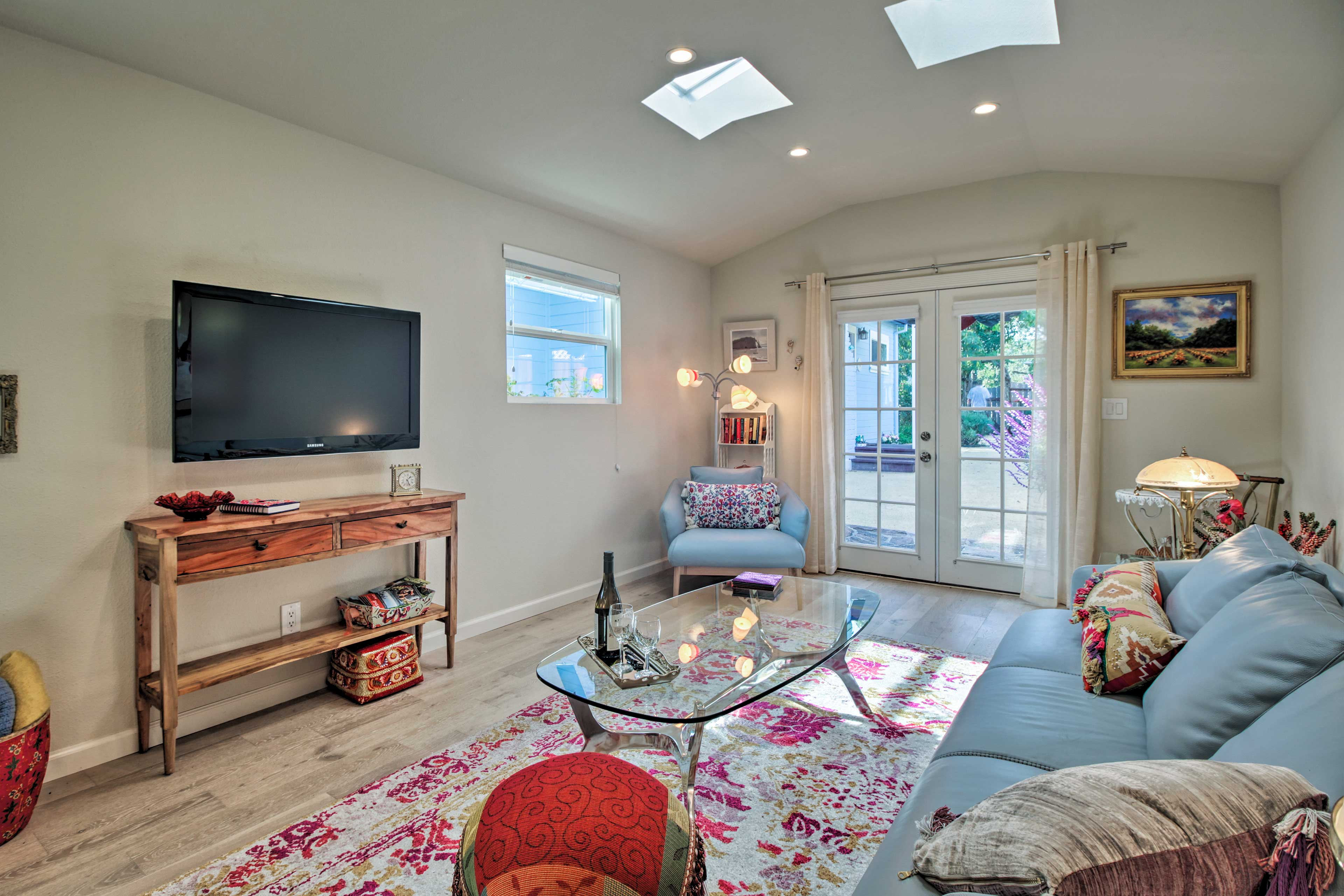 The stunning interior boasts nearly 500 square feet for 2 guests.