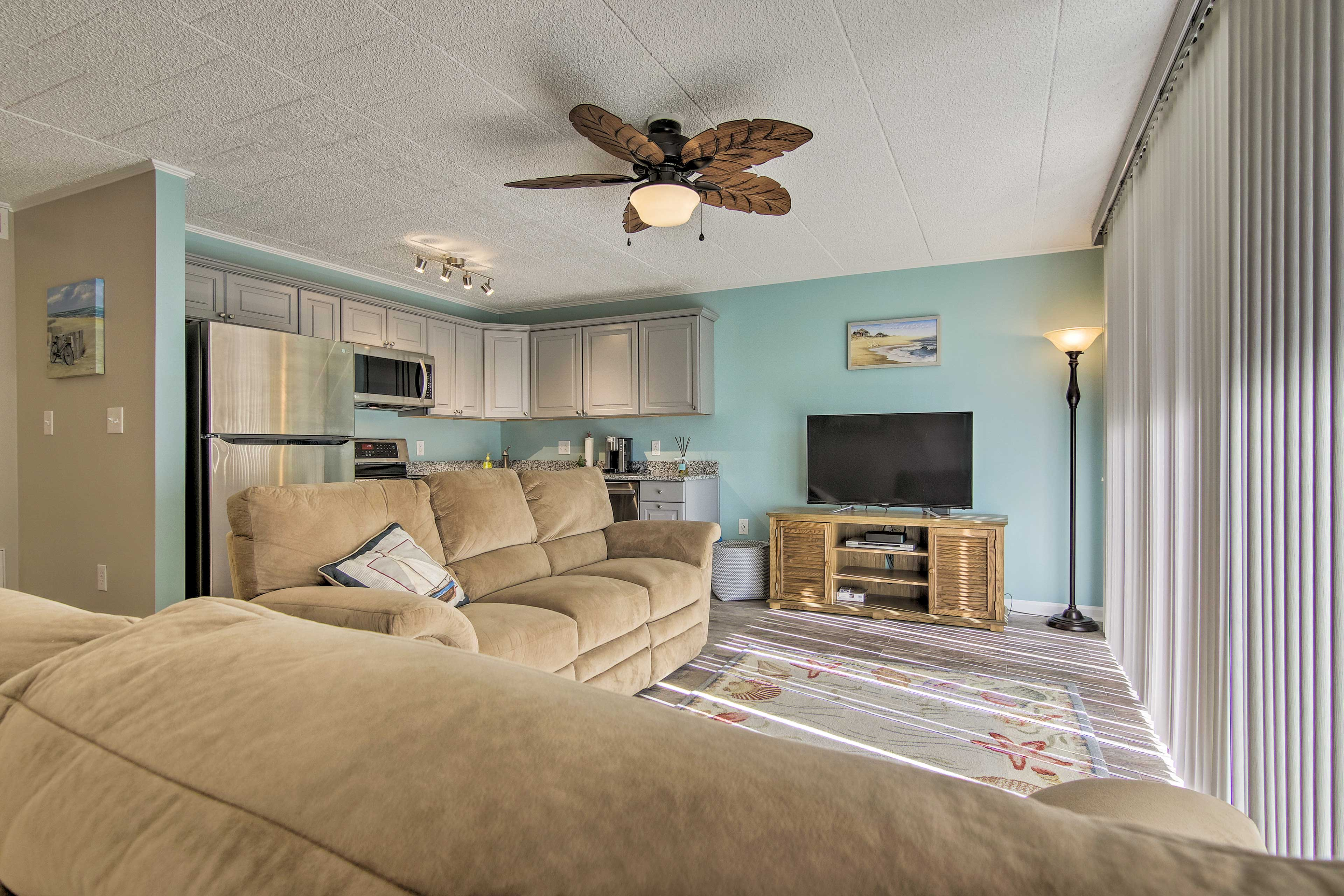 The unit features 2 bedrooms, 2 bathrooms, and room for 4 guests.