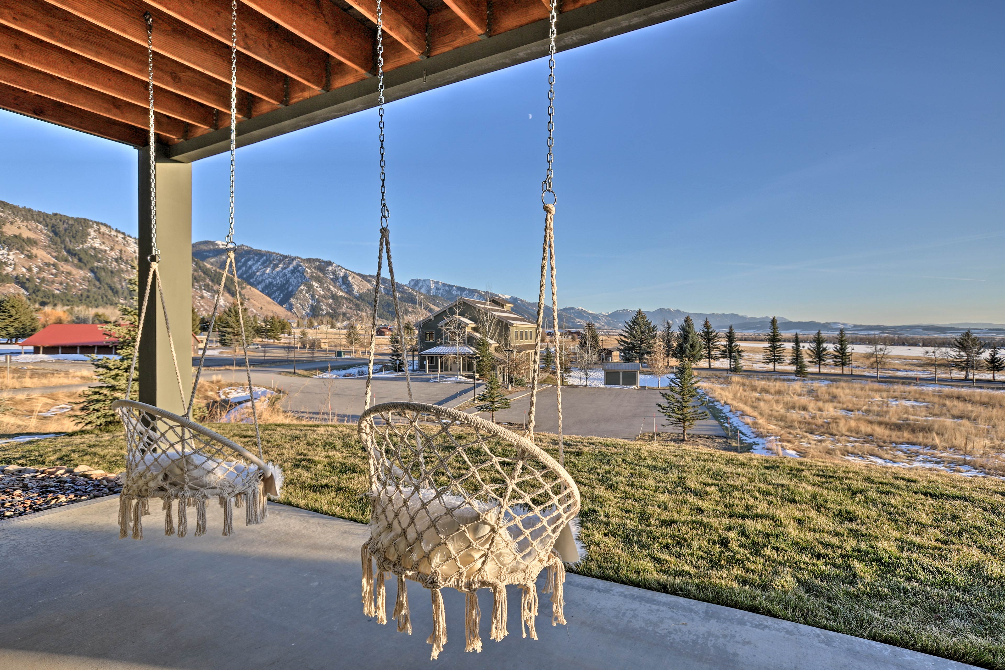 Located in Star Valley Ranch, admire views of the valley & 2 mountain ranges!