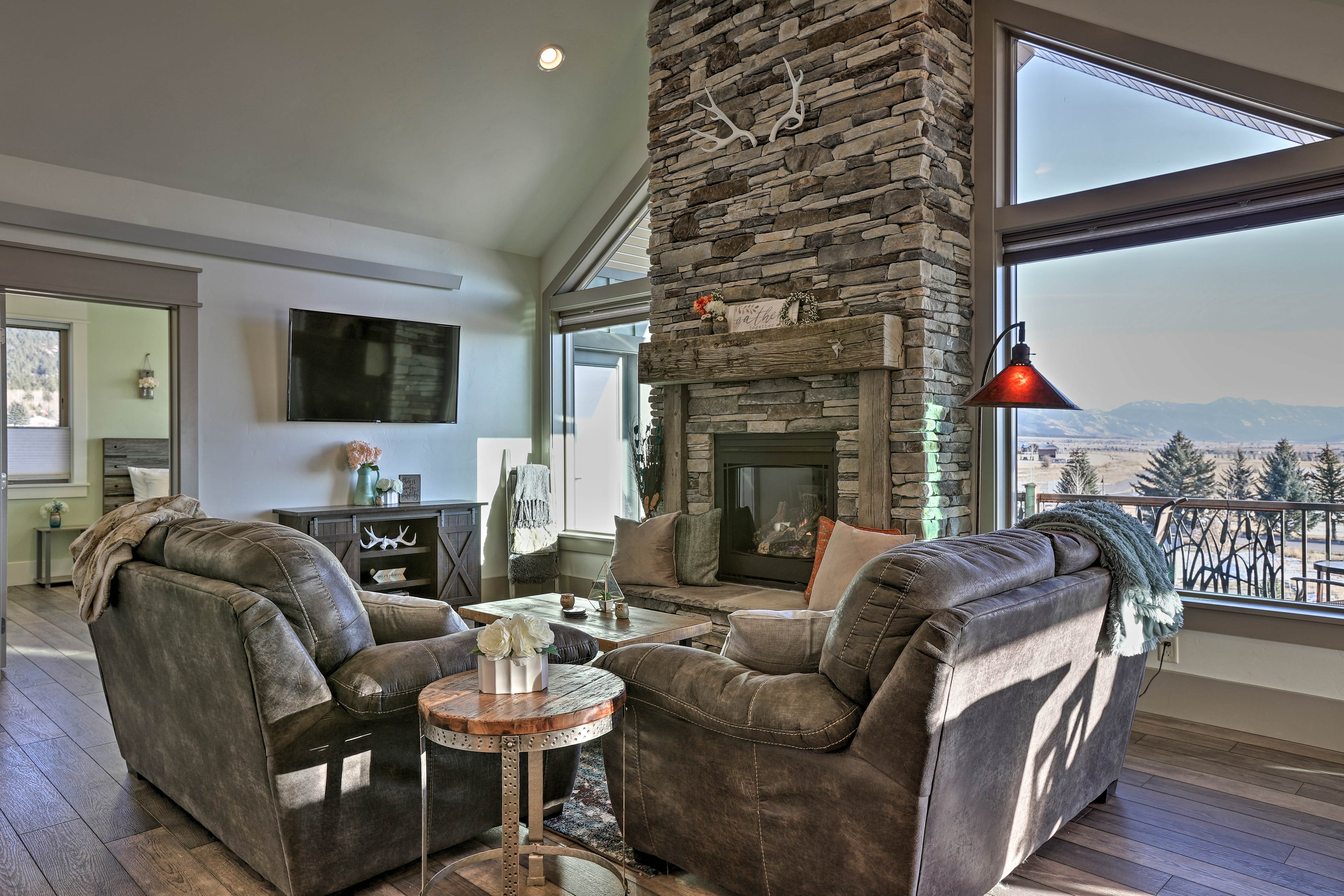 Fall in love with western Wyoming in this gorgeous vacation rental home.