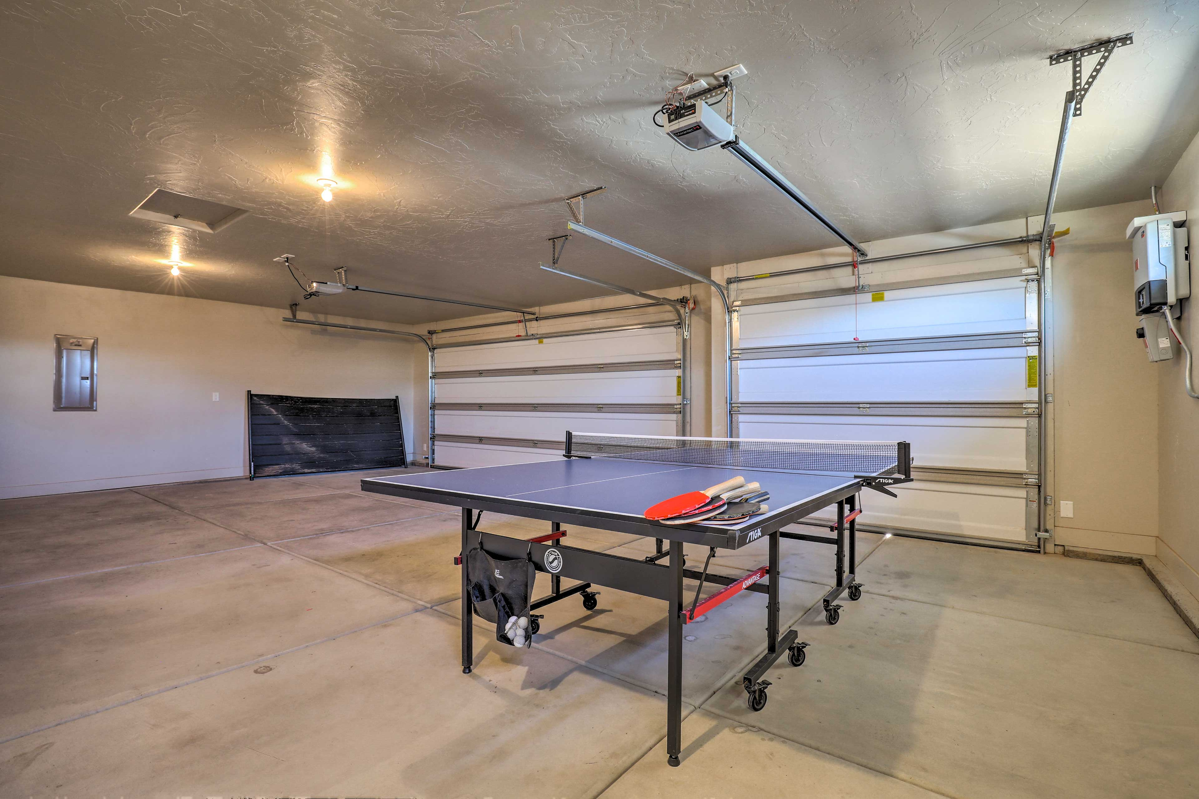 The garage is home to a ping pong table!
