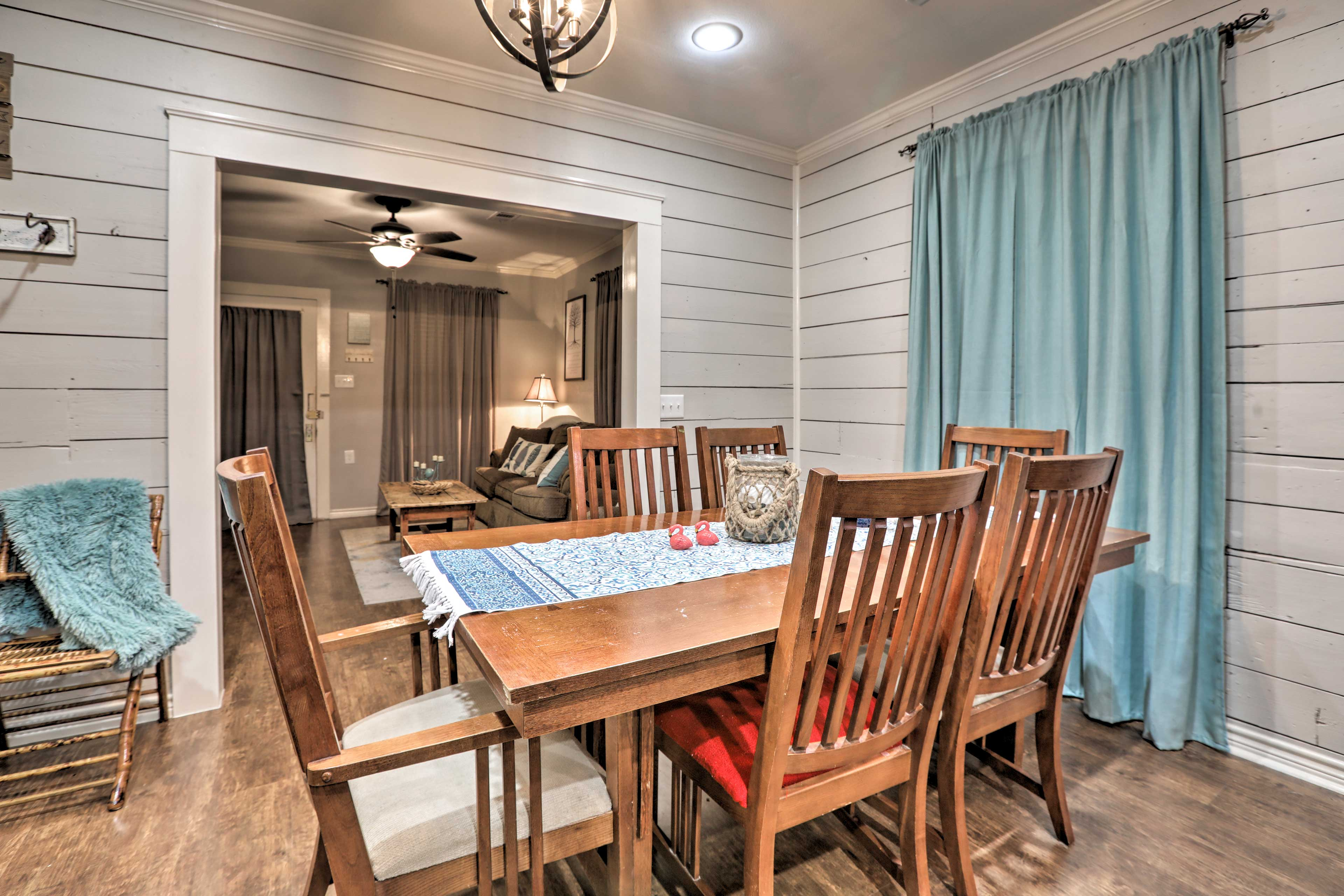 Enjoy homemade feasts at the 6-person dining table.