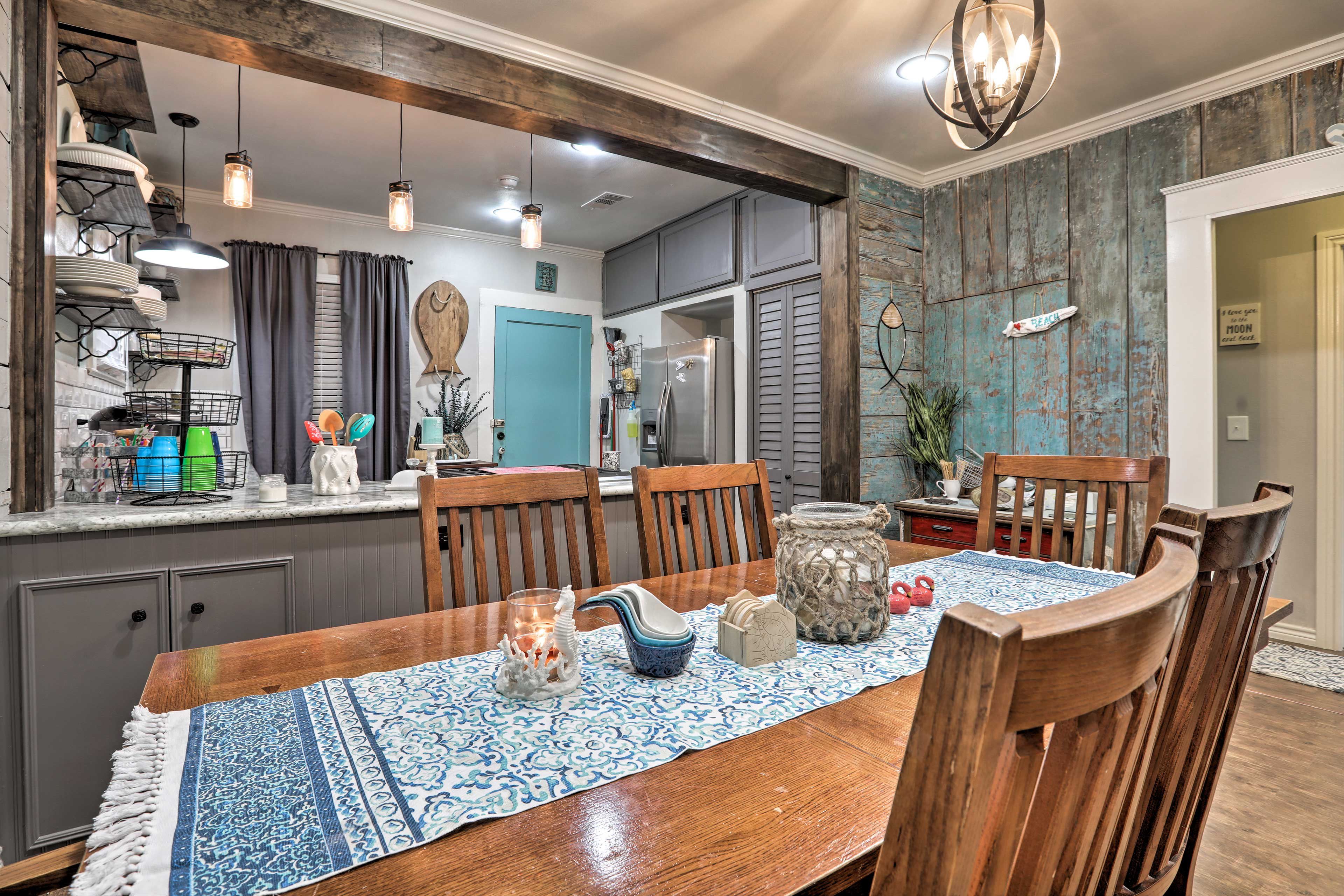 The 2-bedroom, 1-bathroom home is located in the East End Historical District.