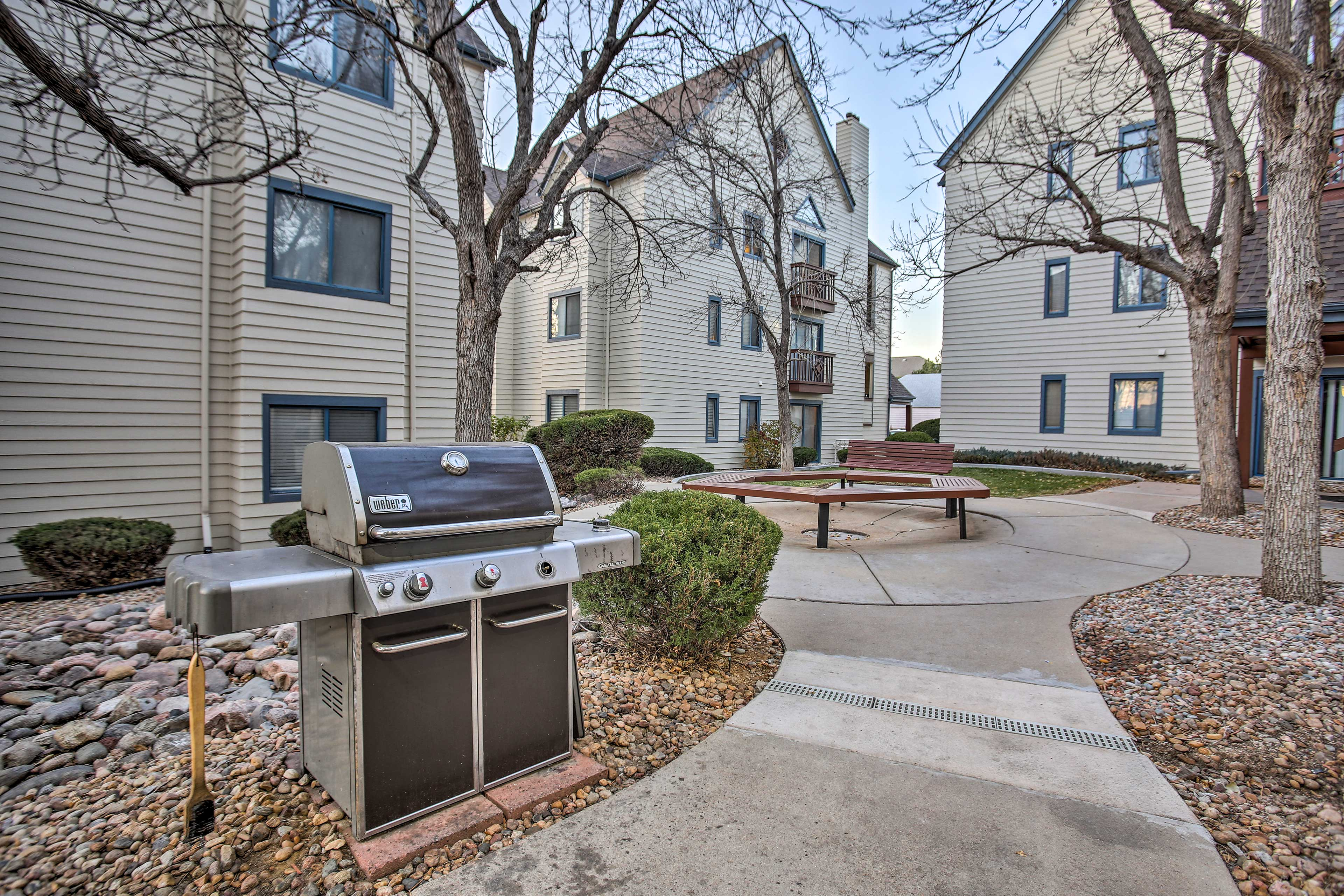 There are multiple gas grills available throughout the community.