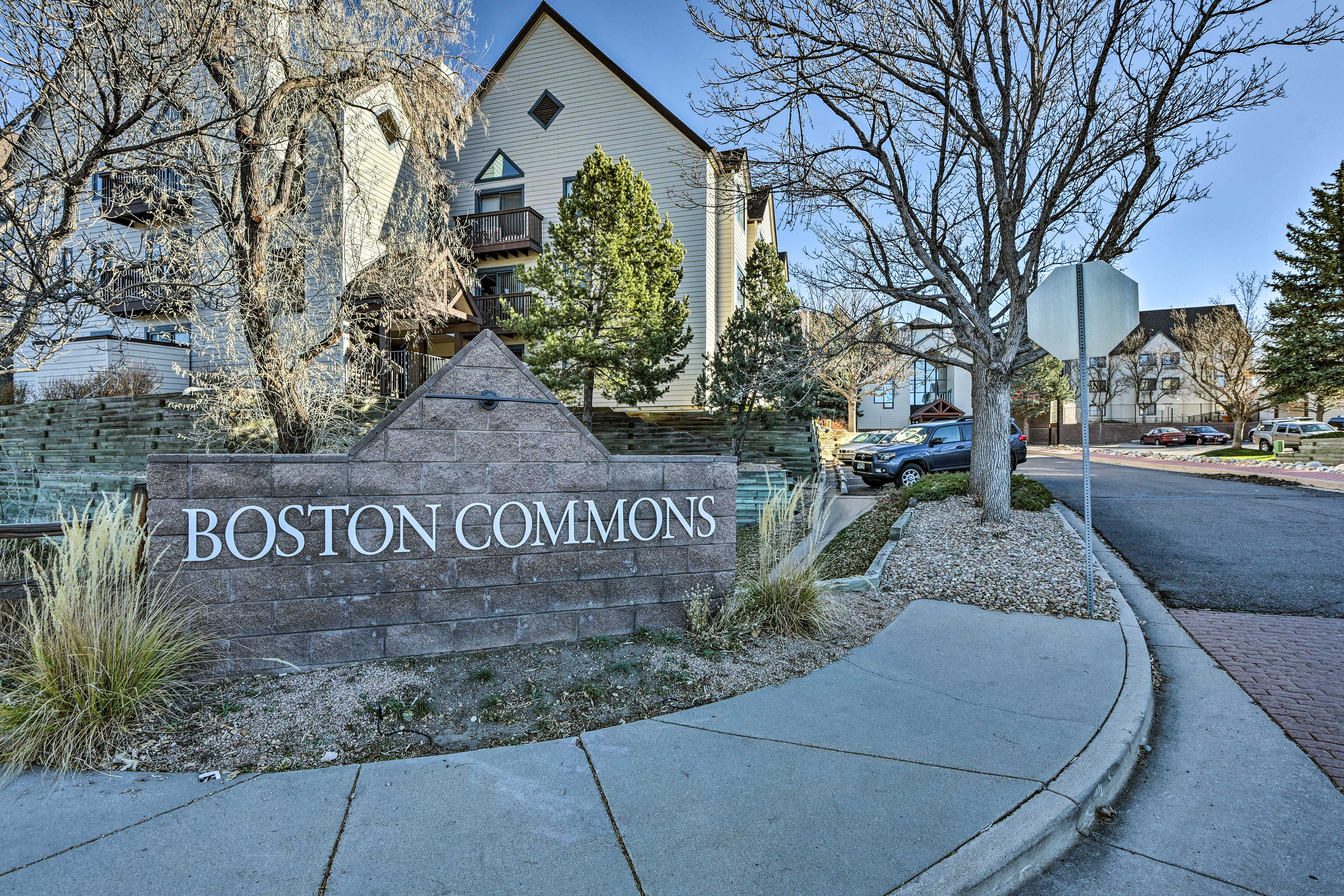 With the light-rail and DTC just minutes away, Boston Commons is one of the best