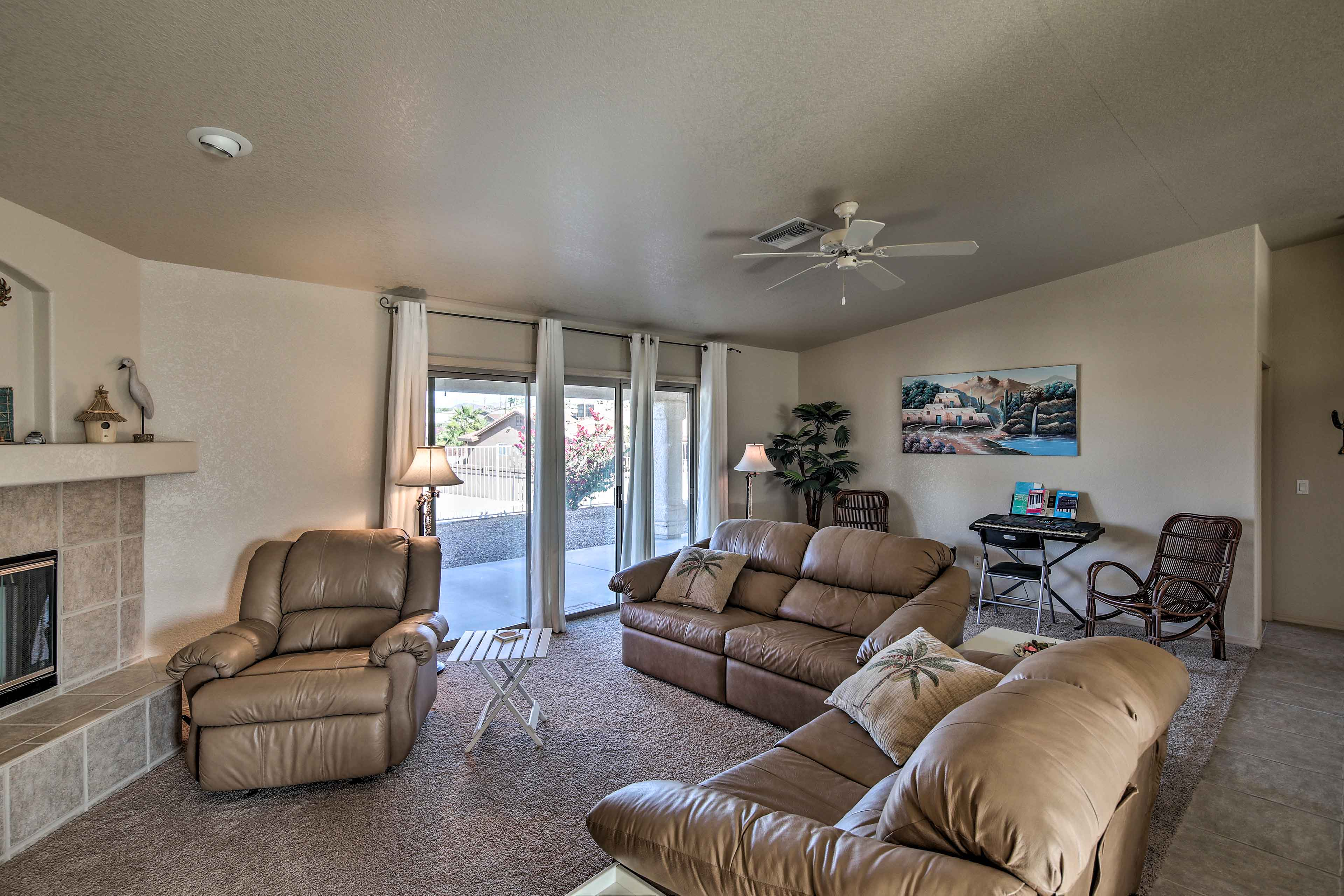 The family room features 2 sleeper sofas for 2 guests.