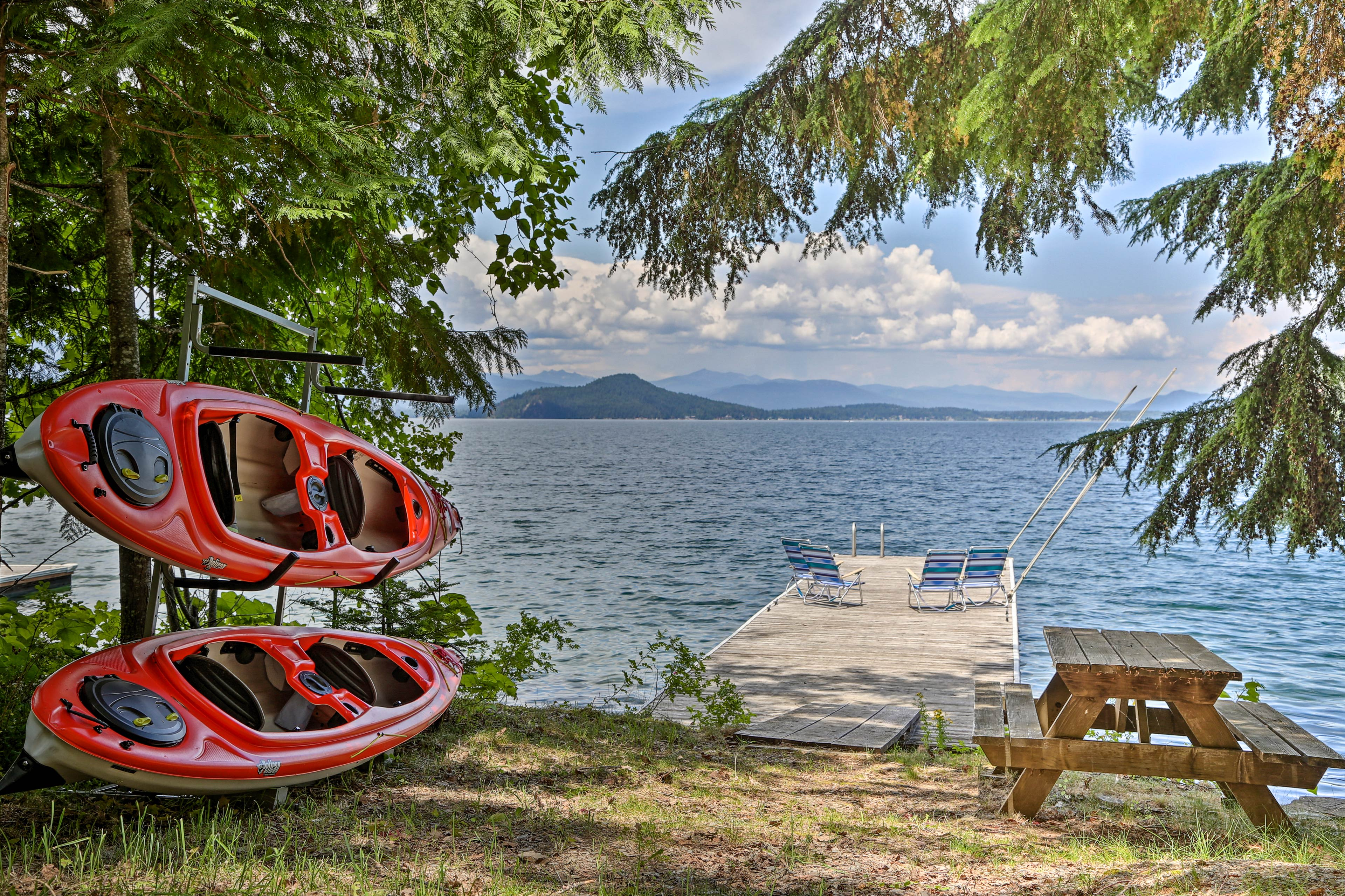 Escape to the pristine beauty of Lake Pend Oreille and stay at this Sagle home!